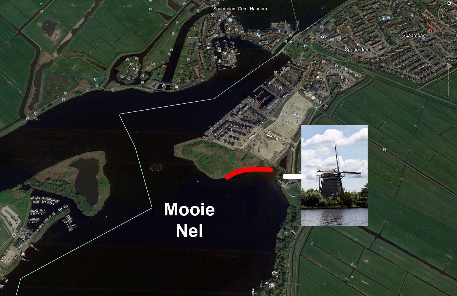 Toch waterwoningen bij molen de Slokop langs Mooie Nel Spaarndam