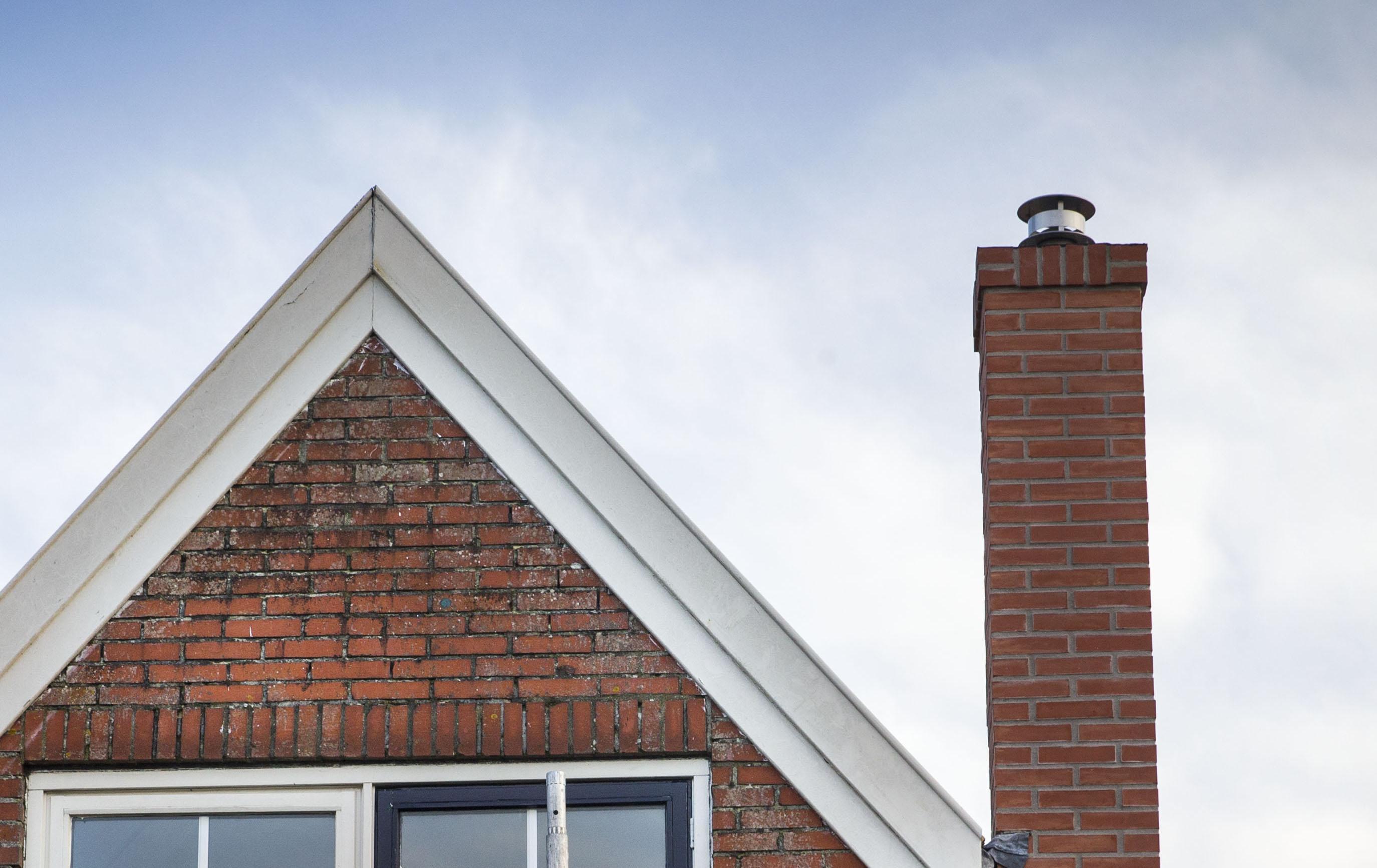 Een vrouw op Texel leende haar huis uit aan vrienden. Mag niet, zegt de gemeente en legt een dwangsom op. Van 19 duizend euro... 'Te gek voor woorden'