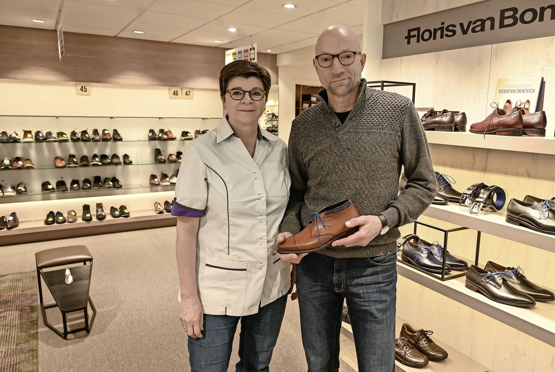 Lockdown of niet, na 73 jaar zijn Hans en Trudy van den Mosselaar met hun winkel uit de schoenen