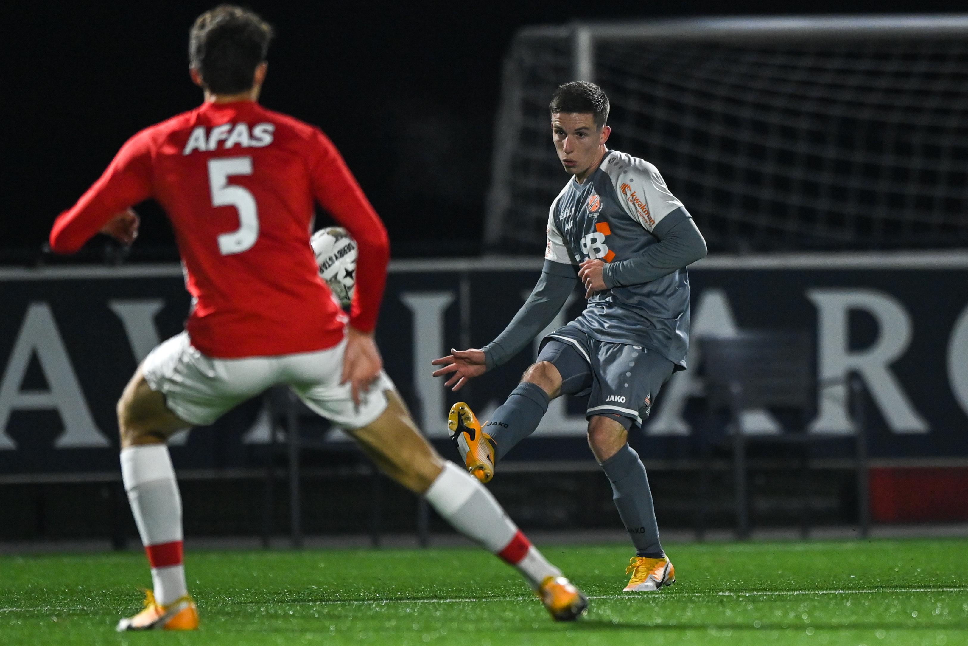 Coronatest Nick Doodeman zoek. Rechtsbuiten mag niet spelen met FC Volendam tegen De Graafschap