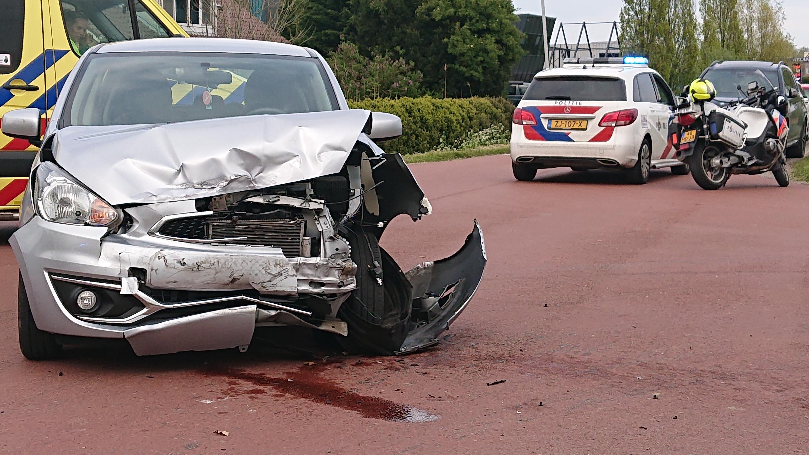 Beschonken bestuurder veroorzaakt ongeval met drie voertuigen in Hem