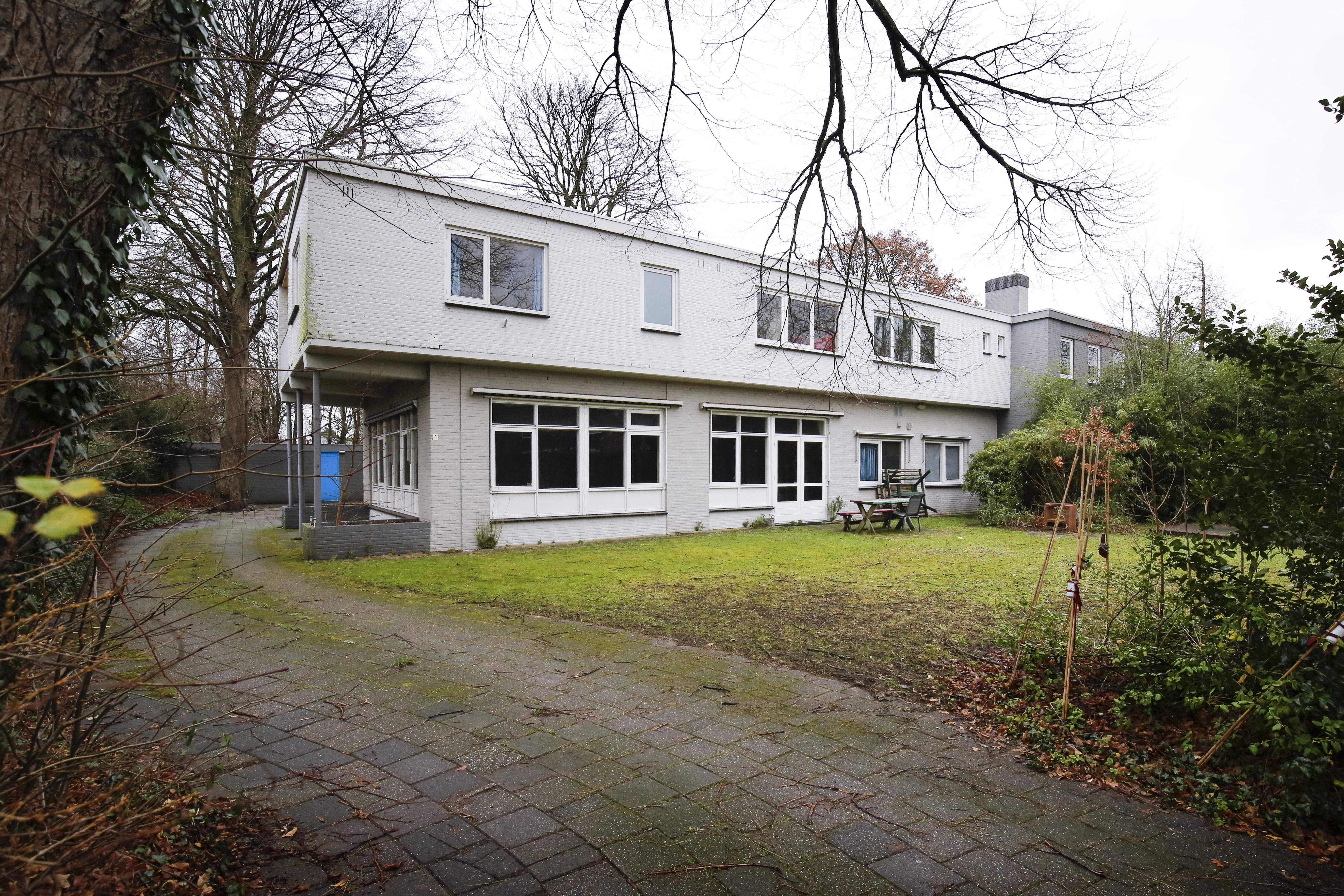 Wijkcomité Driehuis pleit voor behoud bomen op terrein Witte Huis ten koste van drie appartementen
