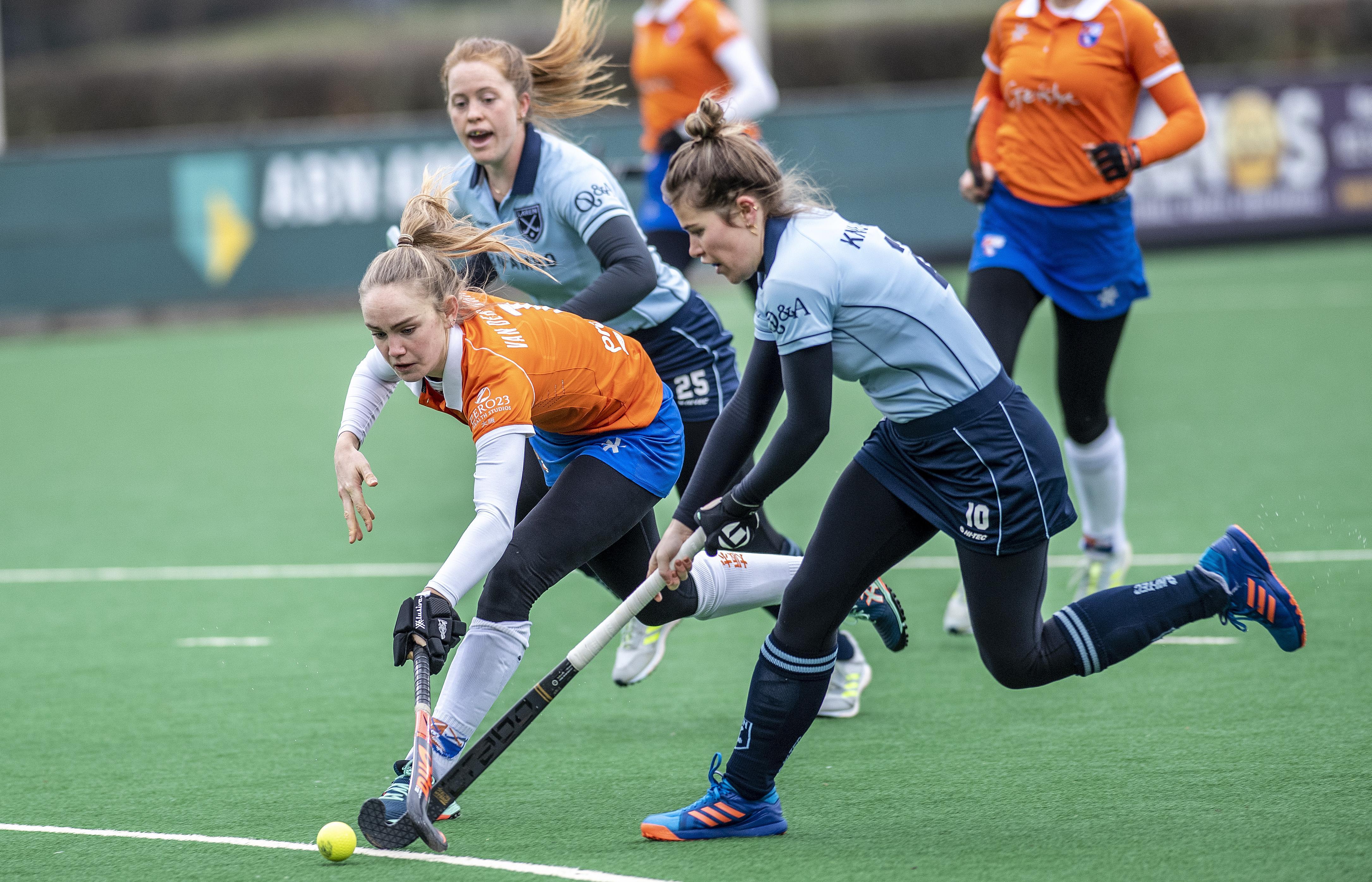 Hockeysters Laren spelen richting herstart hoofdklasse eerste wedstrijd in drie maanden: 'Toch best raar, terwijl de rest van de wereld zowat op slot zit'