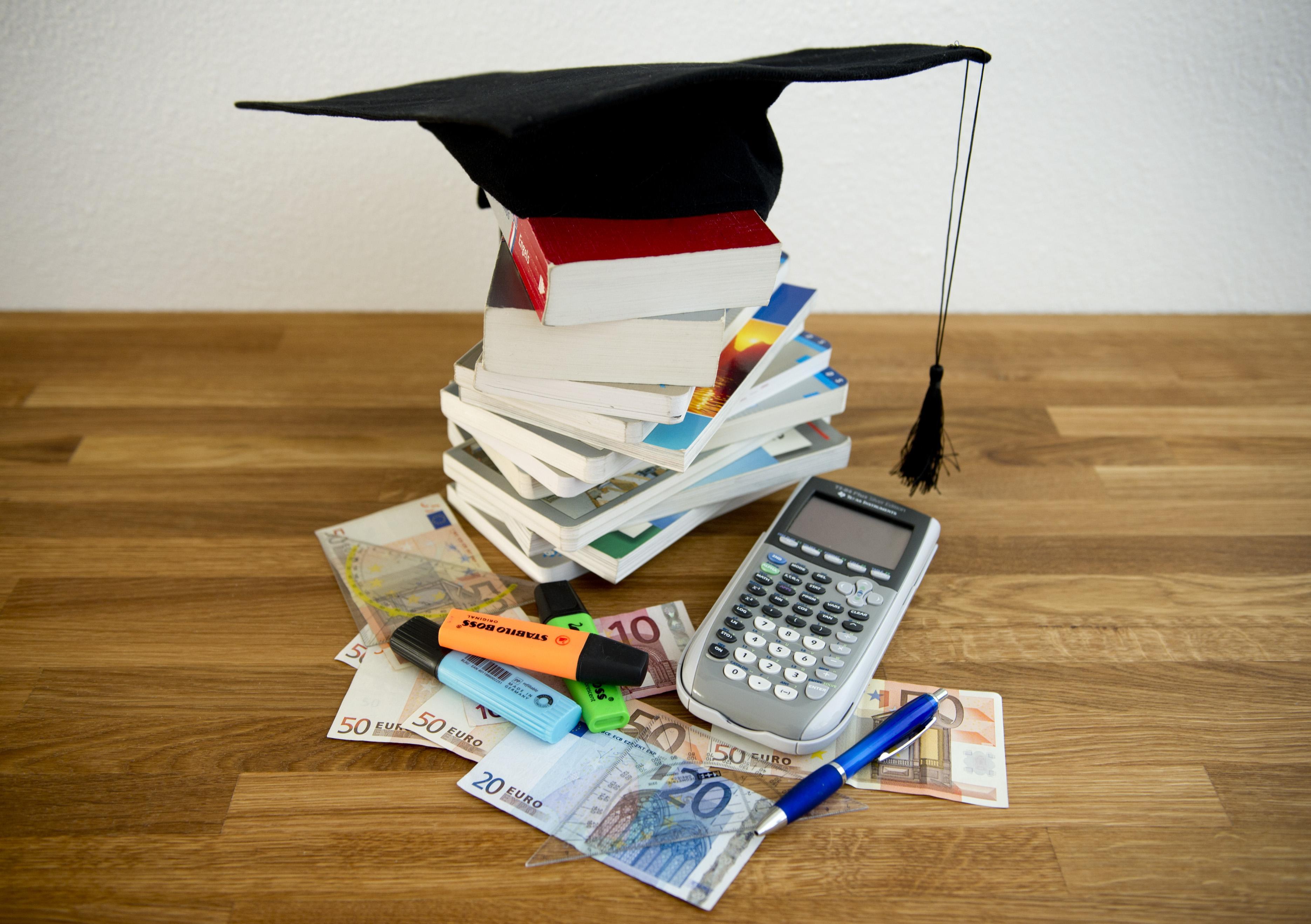 Welke masteropleiding levert hoogste salaris en meeste baankans? Een kijkje in de Keuzegids 2021