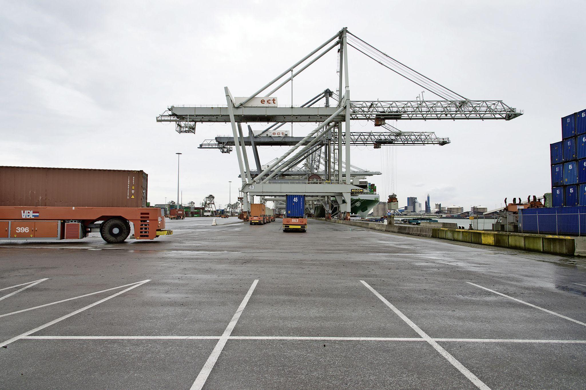 Katwijkse raad kritisch over tonnen voor warmtepijp uit Rotterdam: 'De reden van spoed is mij niet direct duidelijk'