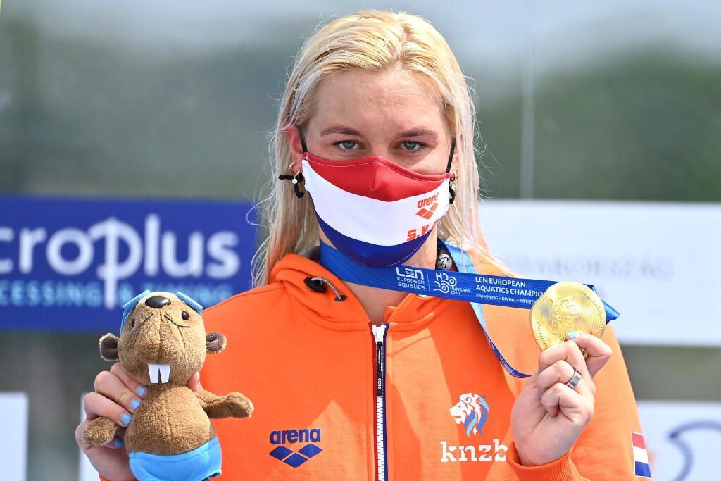 Baarnse zwemster Van Rouwendaal prolongeert Europese titel op 5 km