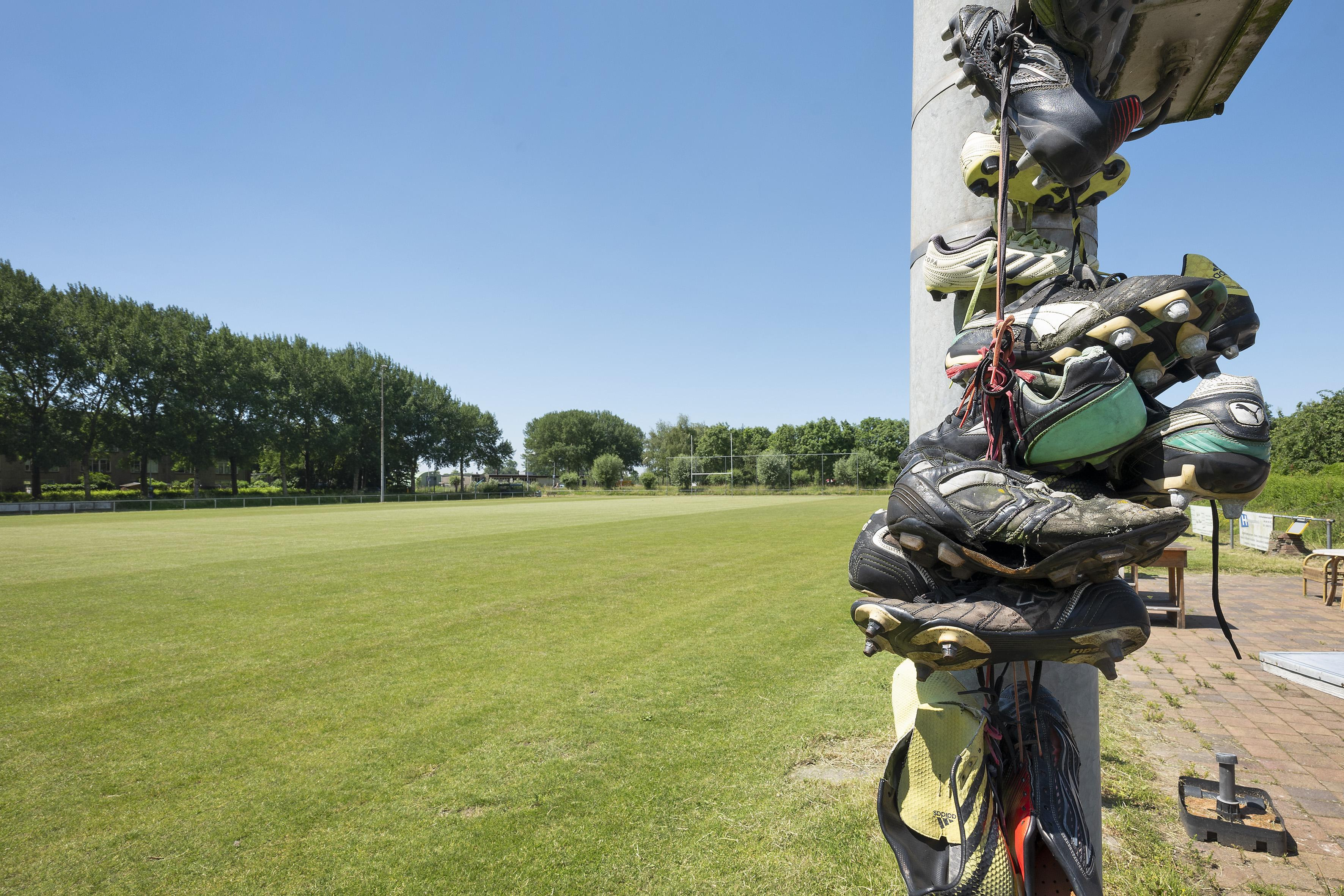 Op terrein Smugglers in Velserbroek kunnen meer sociale huurwoningen dan eerst gedacht. Er komen ook starterwoningen. Rugbyclub verhuist