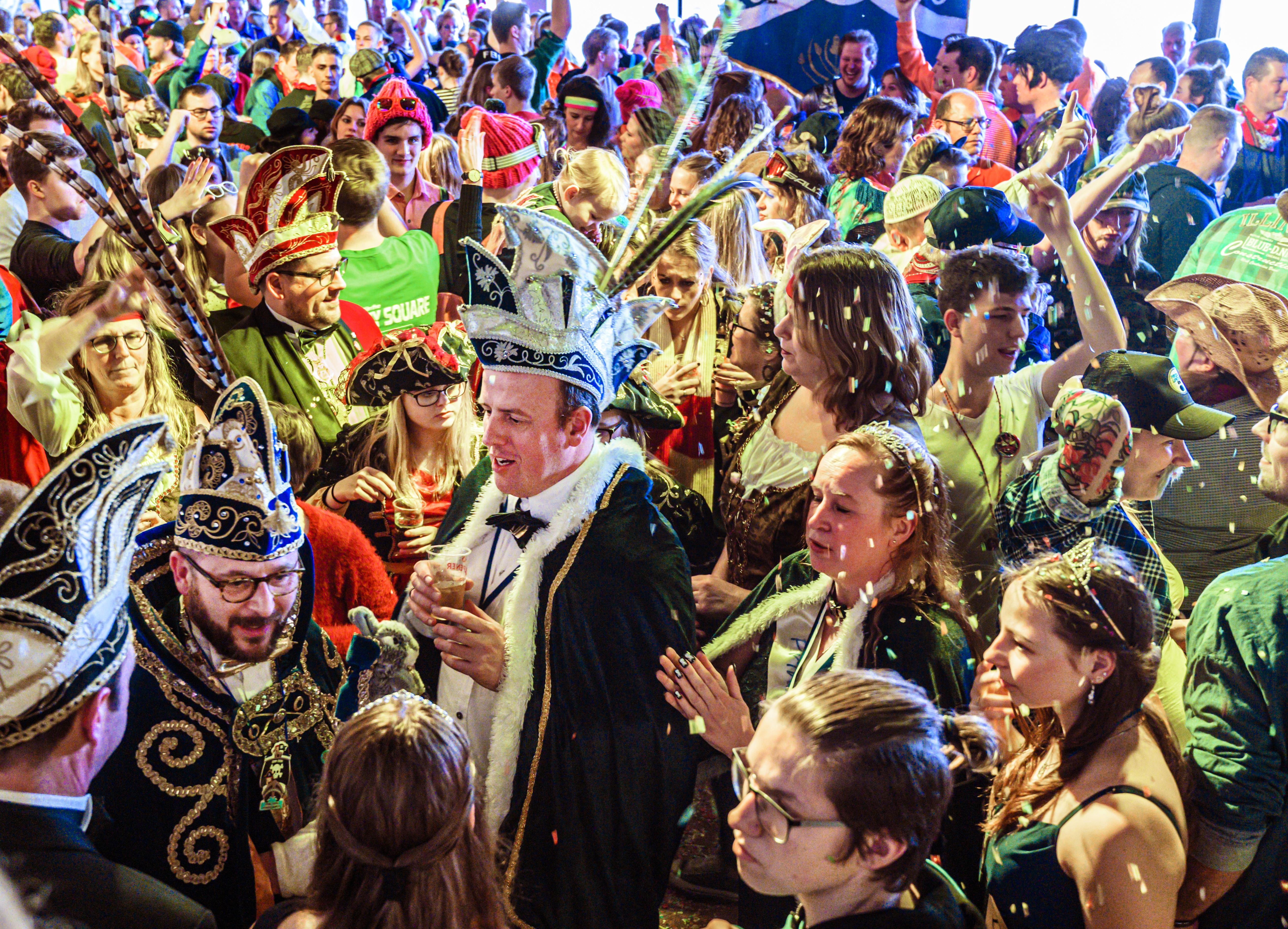 Carnaval in De Zilk zonder optocht: 'Dus dat. Afgelopen, door. En nu feesten'