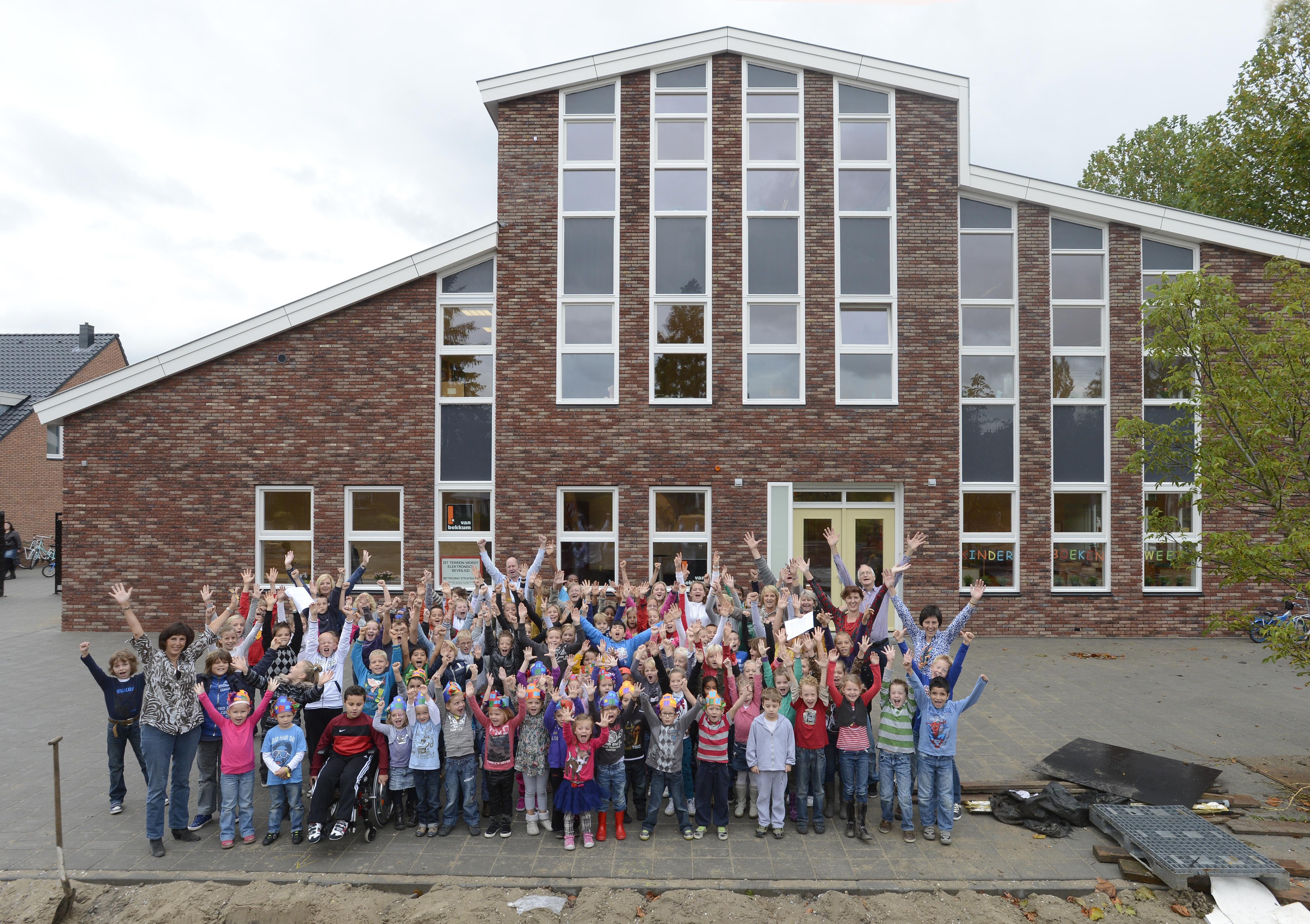 Achtste lokaal erbij voor De Hoeksteen in Landsmeer; school verwacht komende jaren door te groeien