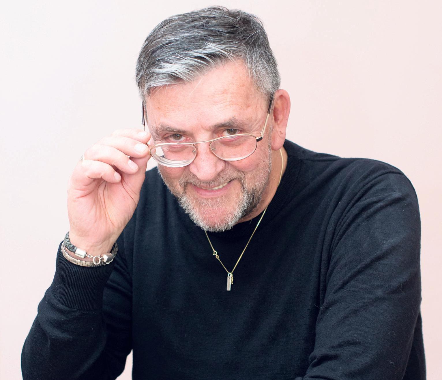 'Ik heb me duidelijk misdragen', concludeert columnist Ate na een winkelbezoek in Monnickendam