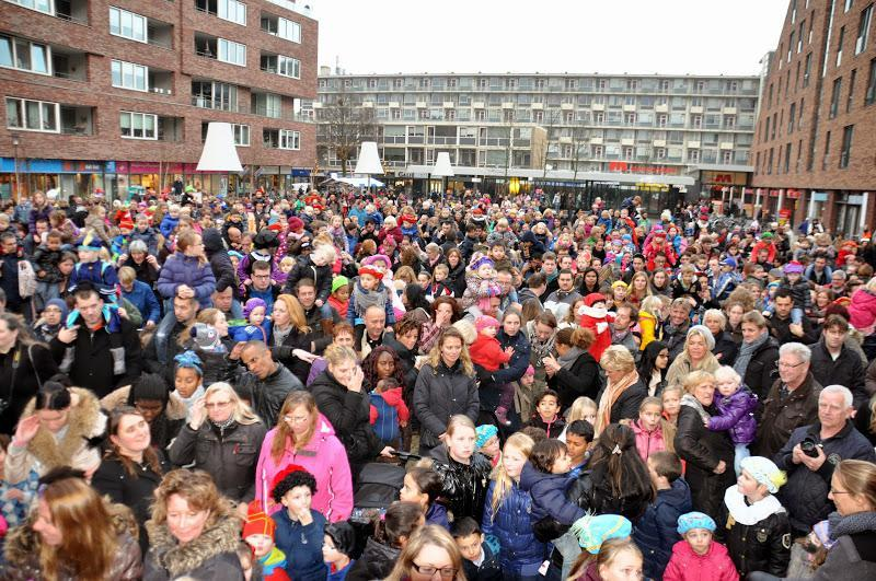 Sinterklaas slaat Haarlemse Marsmanplein over dit jaar vanwege aanhoudende problemen met parkeergarage