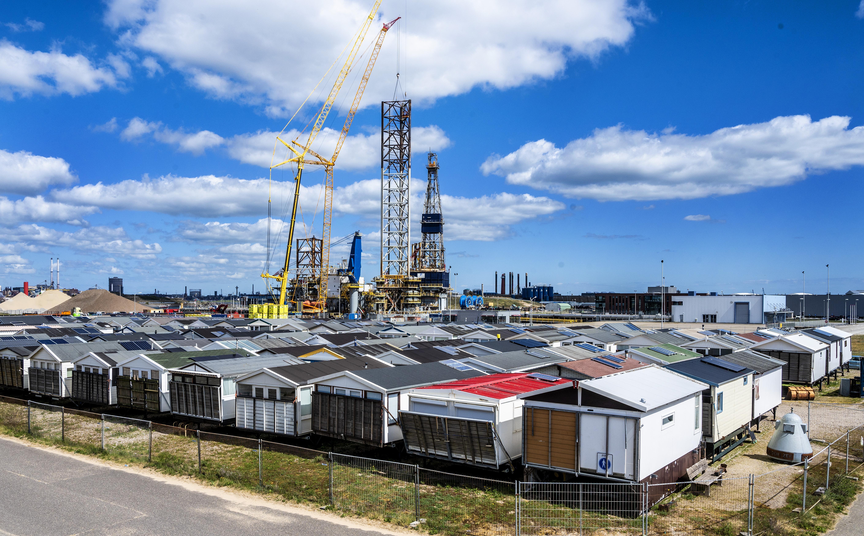 Verenigingen IJmuiden aan Zee willen toestemming om strandhuisjes zonder vaste sanitaire voorzieningen toch te gebruiken