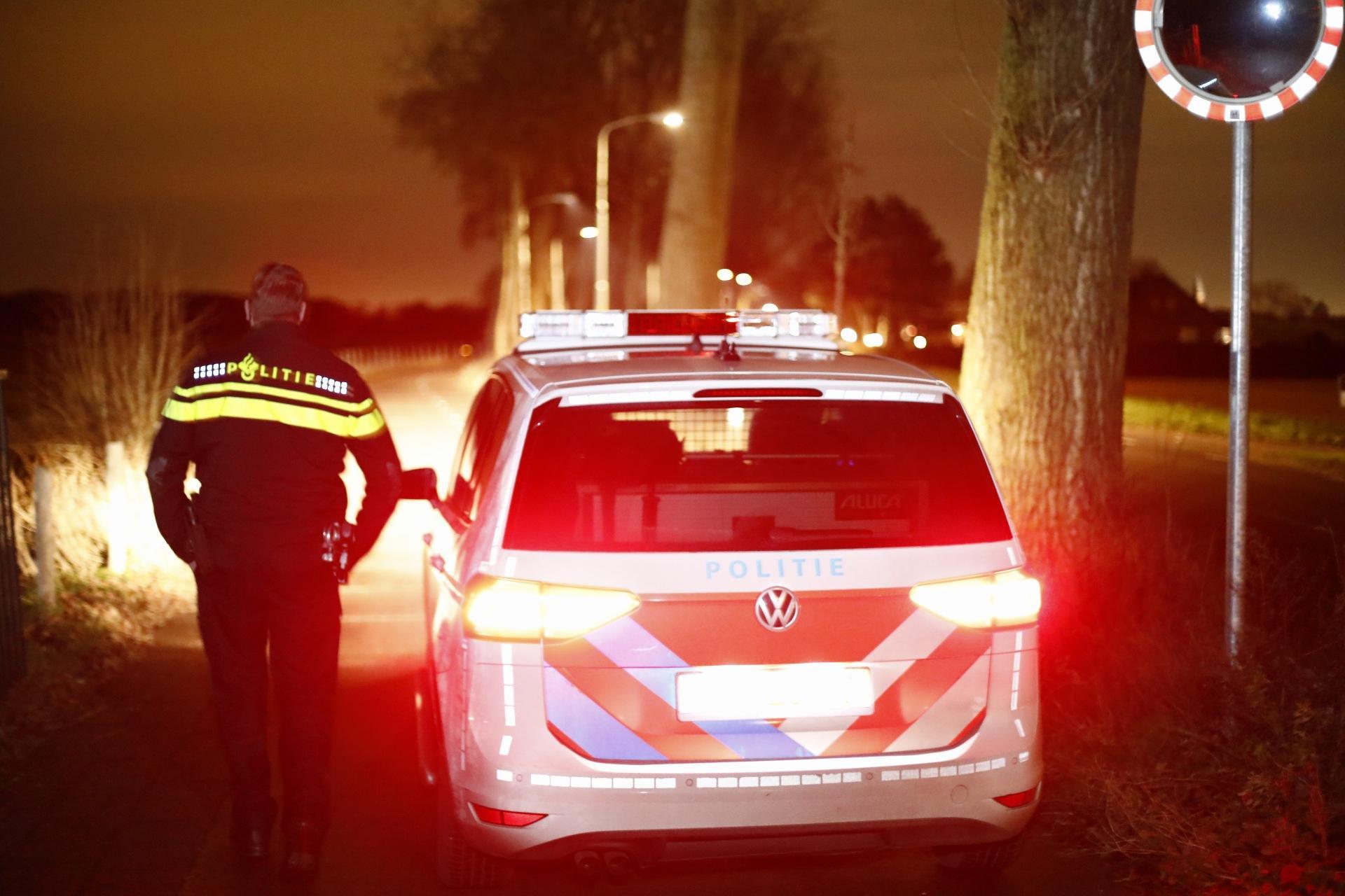 Politie zoekt naar woninginbreker in weilanden rondom Vogelenzang