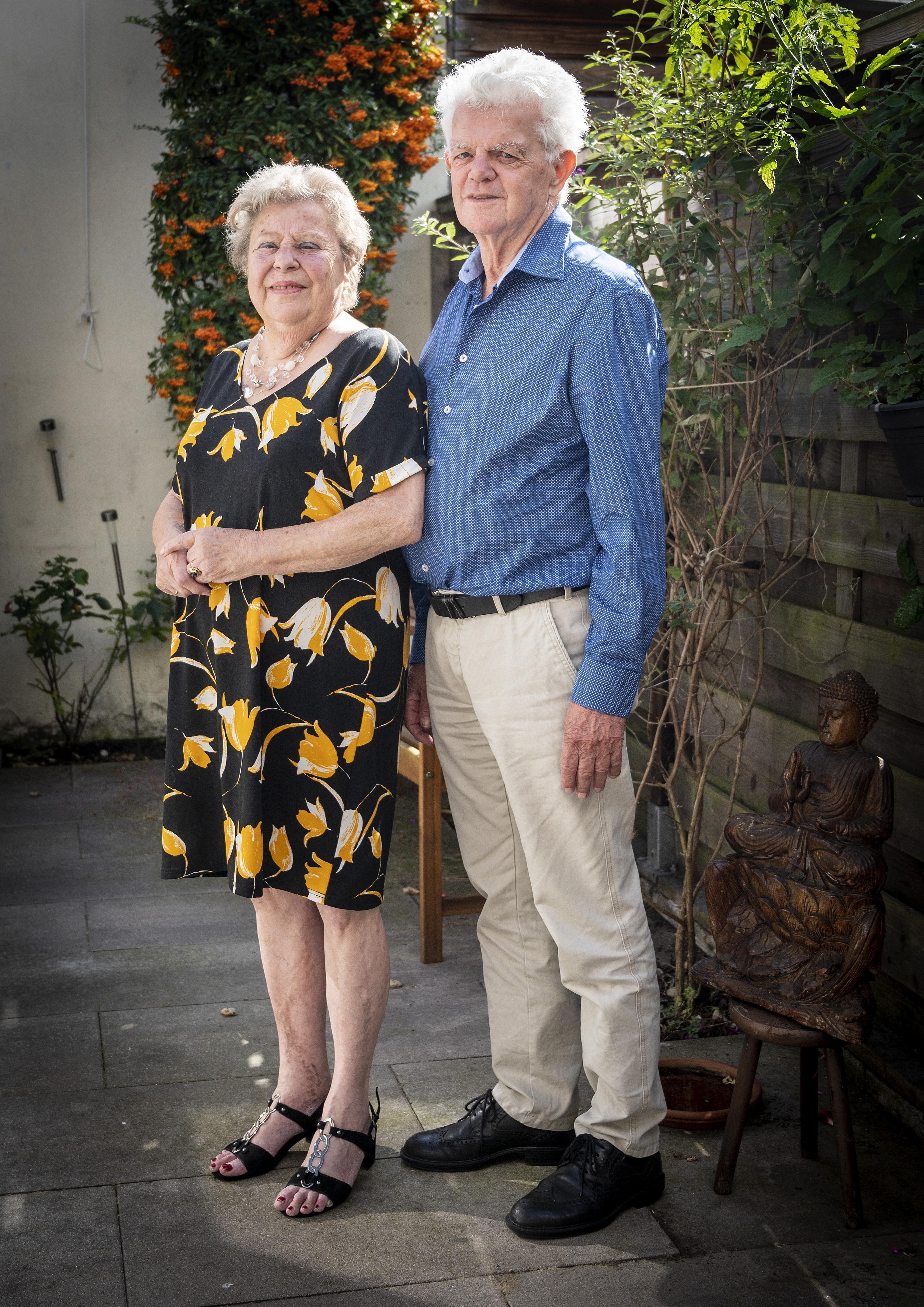 Ton en Tineke Deen uit Haarlem zijn 65 jaar getrouwd: 'Als iedereen zo'n vrouw had als ik, dan waren er geen huwelijksbreuken'