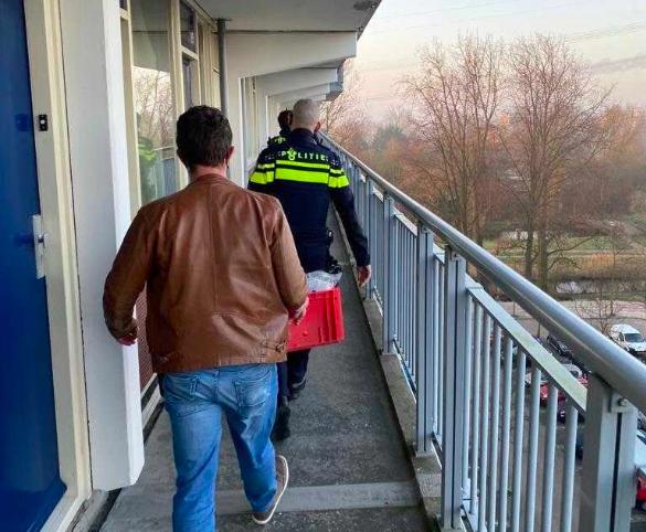 Drie verdachten in Leiden en Leiderdorp opgepakt om online fraude
