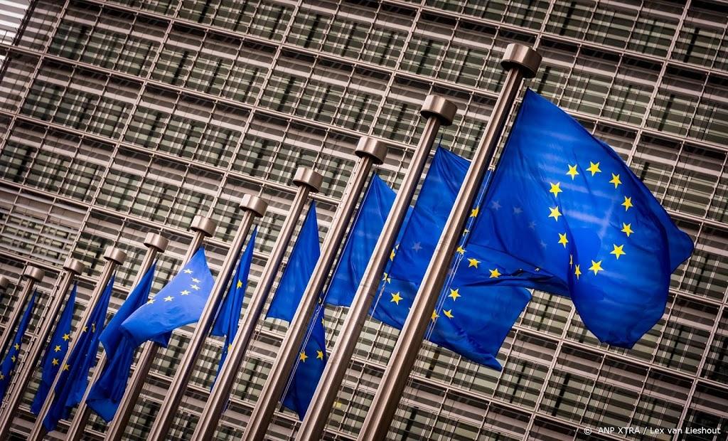 Europese Commissie: vervolg homohaat en erken homo-ouderschap