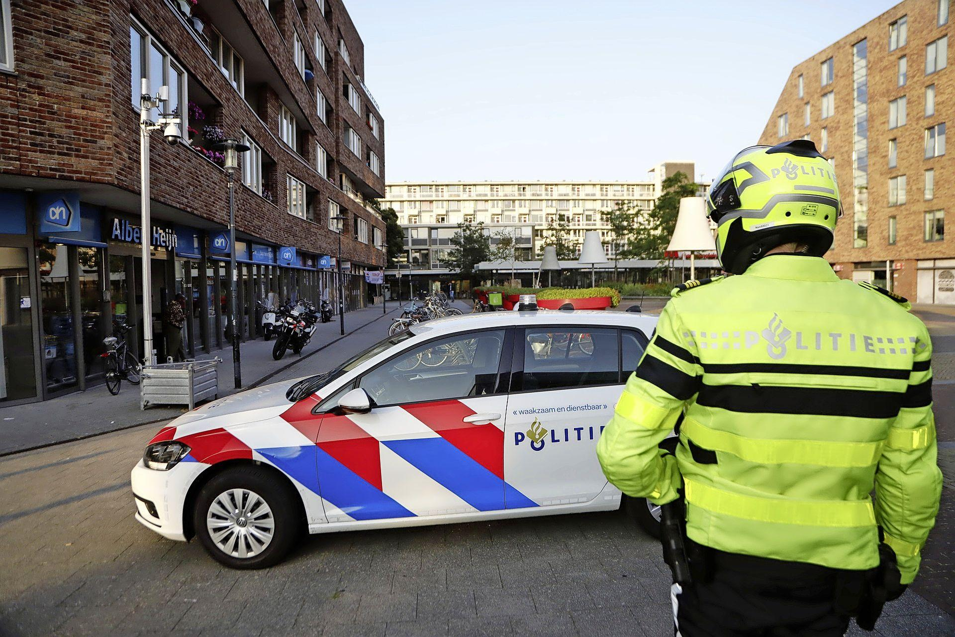 Toeval helpt politie: man met nepvuurwapen opgepakt in Haarlem-Noord
