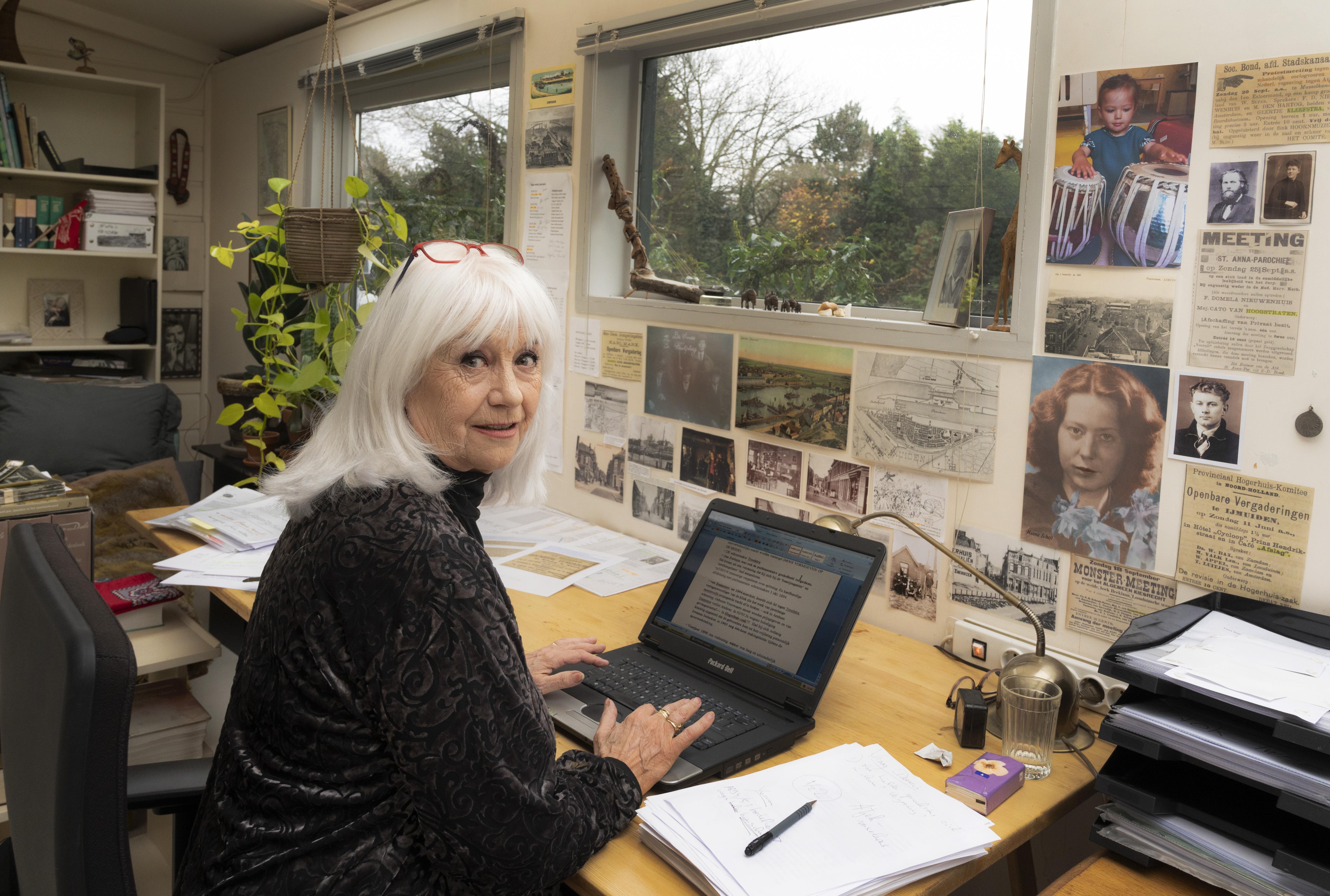 Schrijfster Conny Braam over het meisje met het rode haar: 'Hannie Schaft was buitengewoon bijzonder met een unieke onafhankelijke geest'