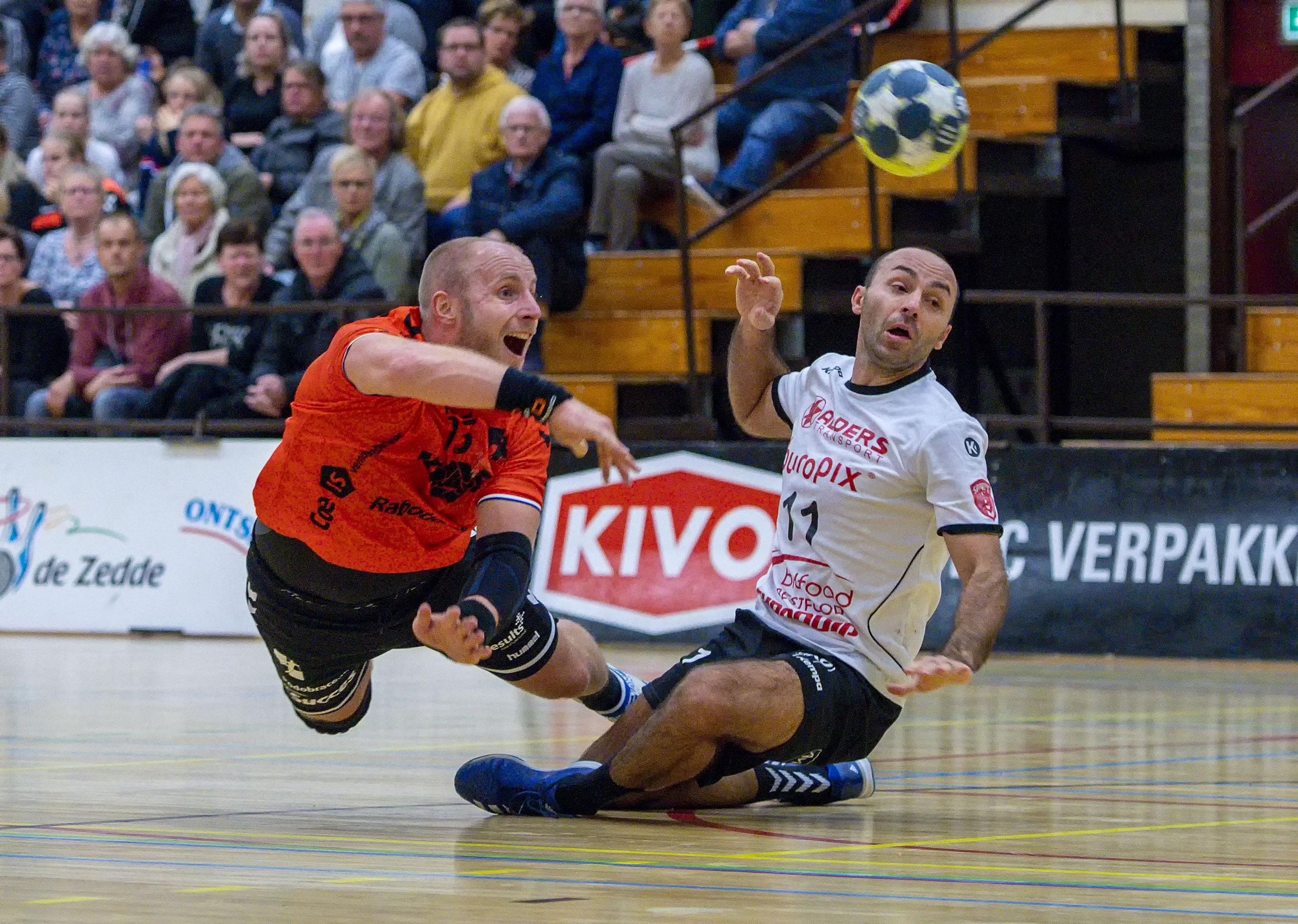 Handbalclubs willen in september starten met Nederlandse duels in Beneleague. 'Hopelijk is dit de oplossing'