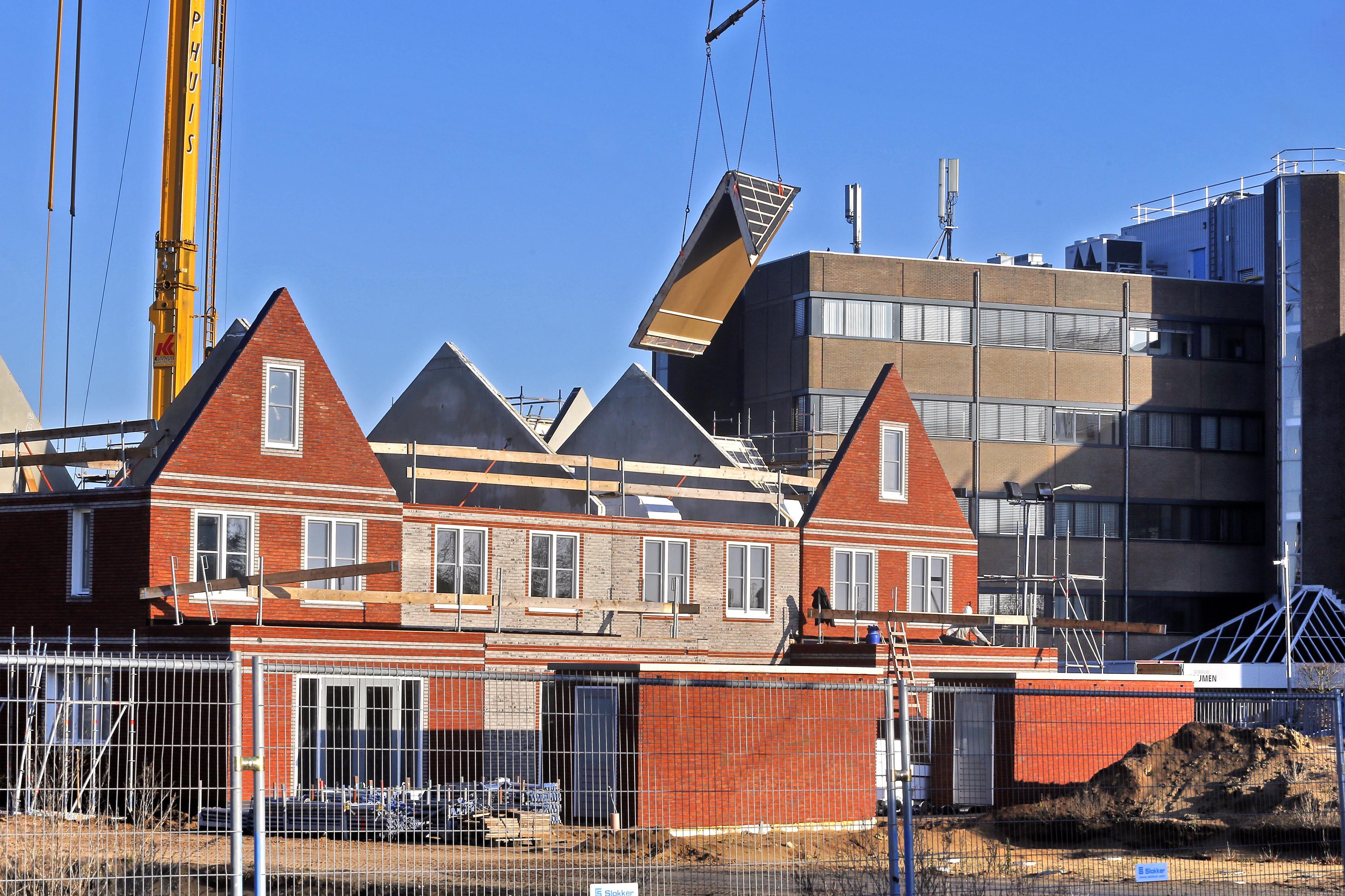 Bouwvergunning het duurst in Eemnes en het goedkoopst in Huizen, enorme verschillen tussen gemeenten
