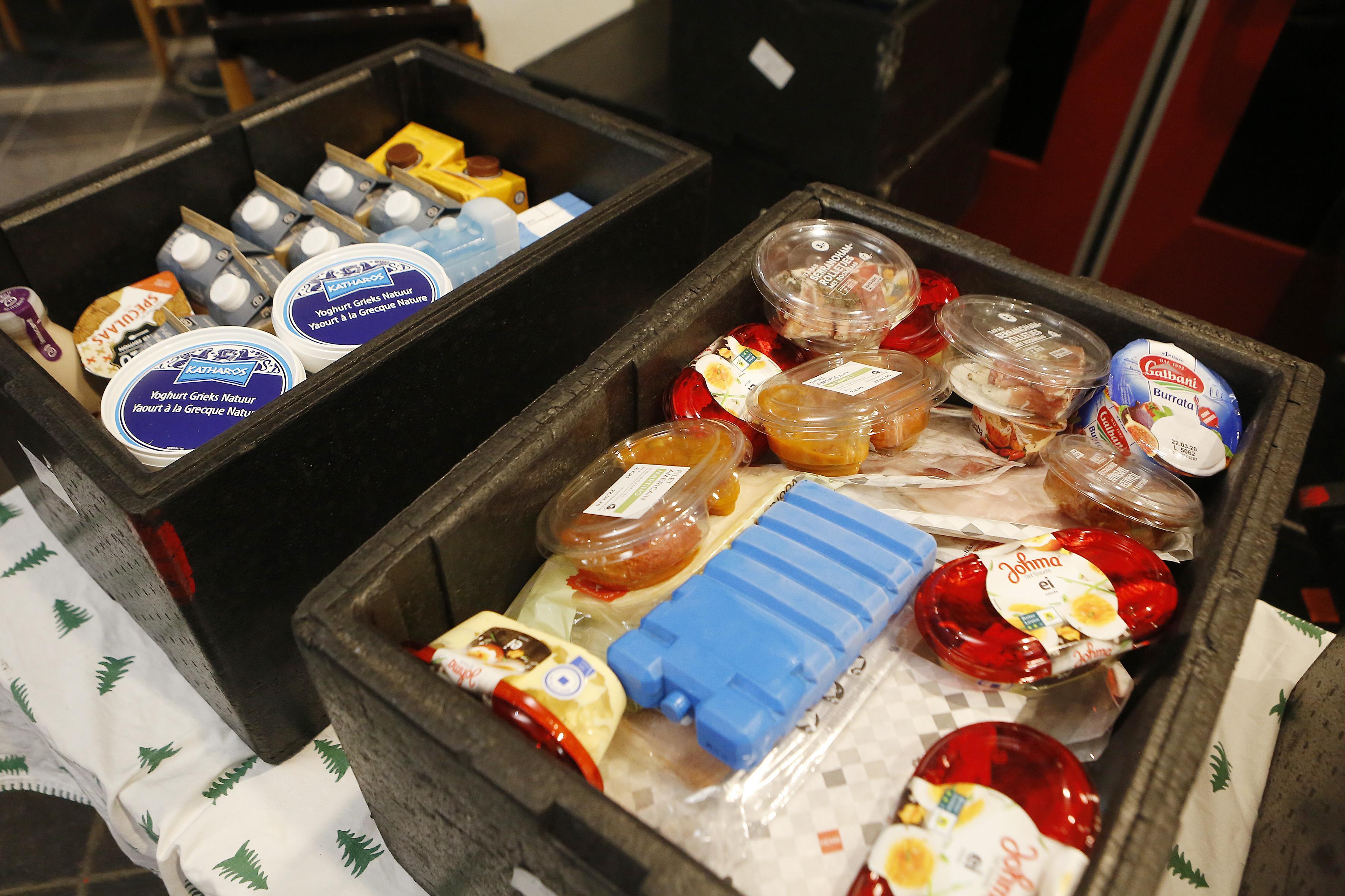 Liever honger dan naar de Gooise Voedselbank; 'Huishoudens met financiële problemen blijven te vaak weg uit schaamte en onwetendheid'