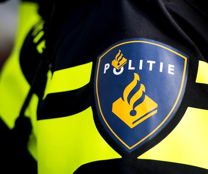 Snorfietser zonder rijbewijs verraadt zichzelf bij politie
