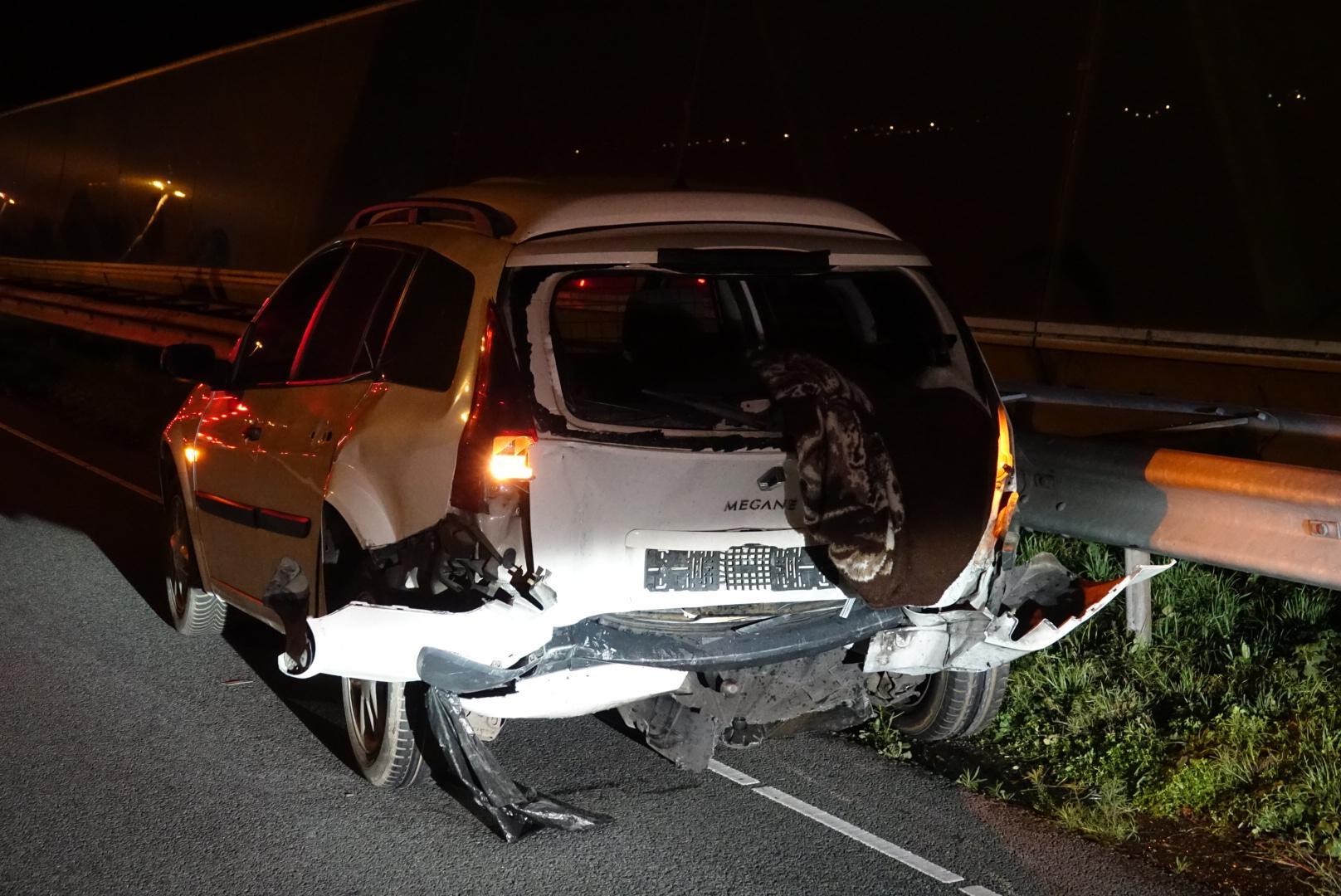 Ongeluk op A7 bij Wijdewormer door fout in inhaakactie