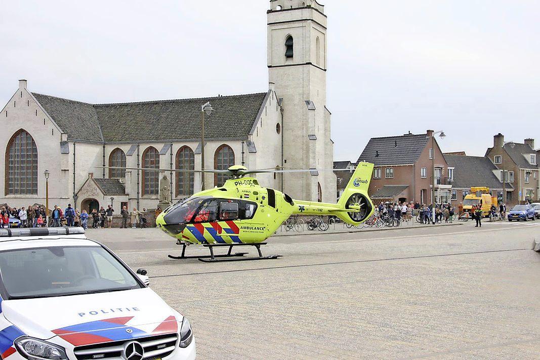 Man valt van trap in parkeergarage Katwijk, traumahelikopter op Boulevard trekt veel bekijks