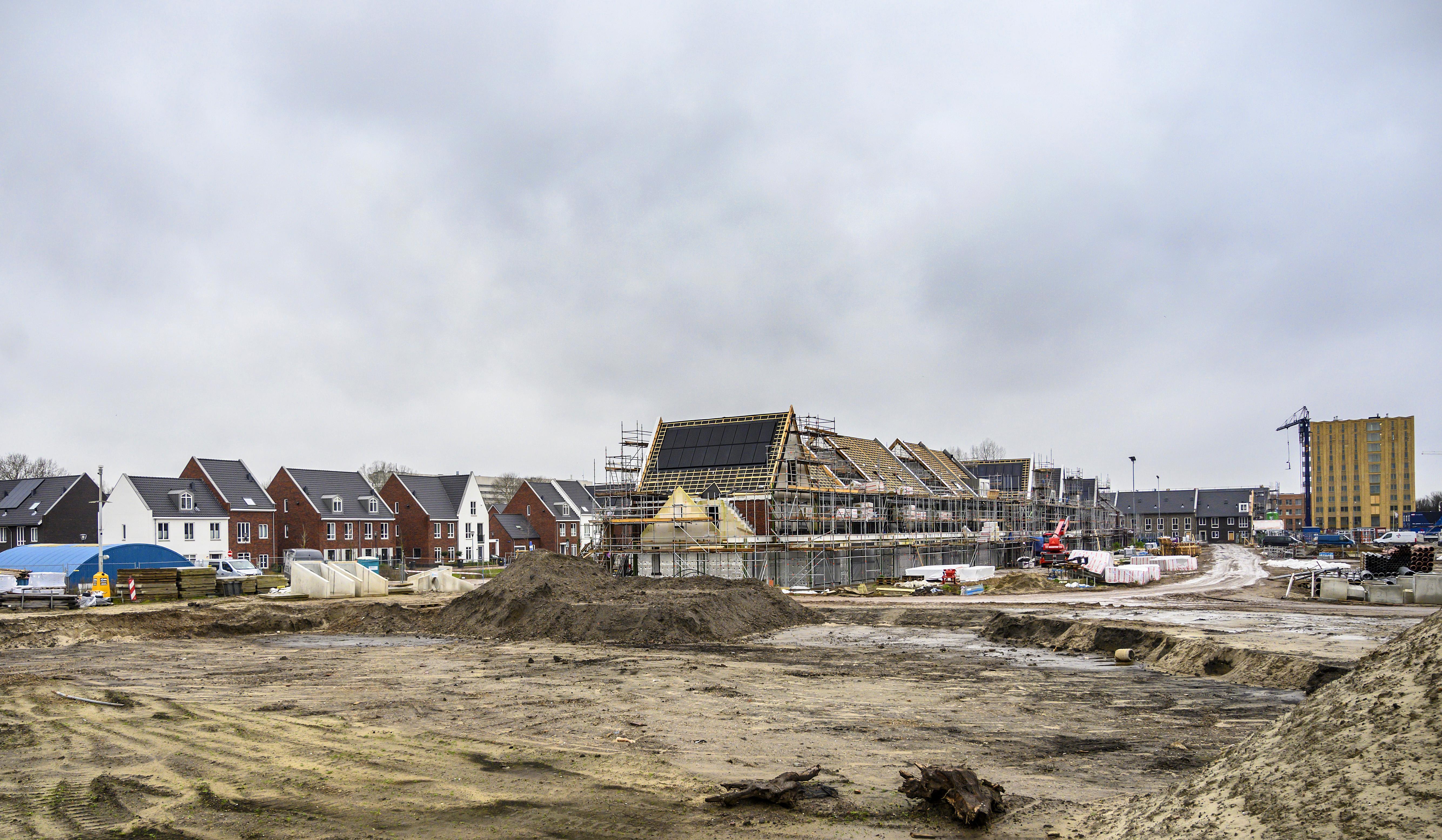 Luxueuze wijk Vijverpark in Haarlem-Schalkwijk krijgt meer en meer vorm