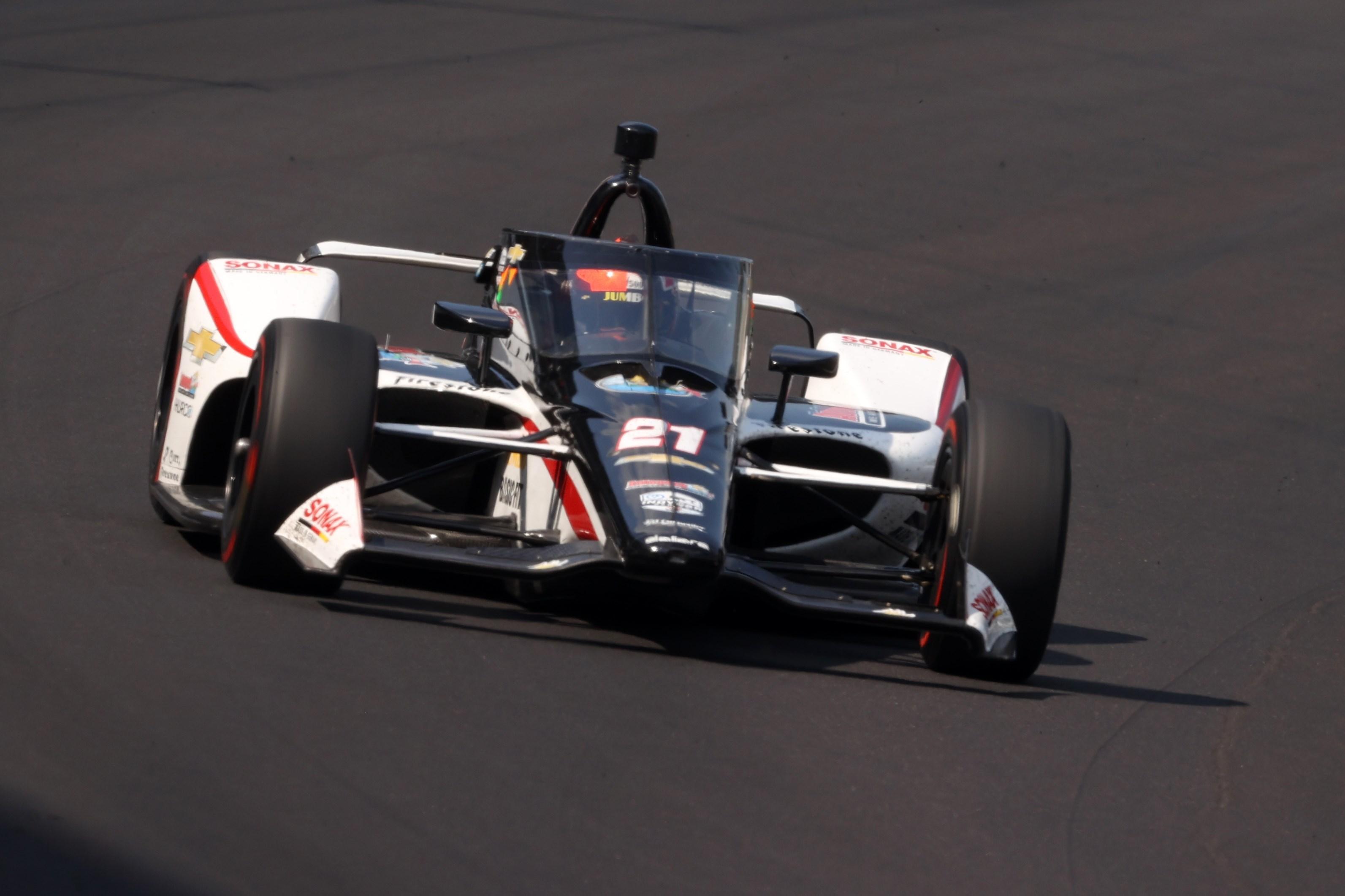 Rinus van Kalmthout geeft goede start tijdens debuut Indy 500 geen vervolg: Hoofddorper 20e na fout bij pitstop