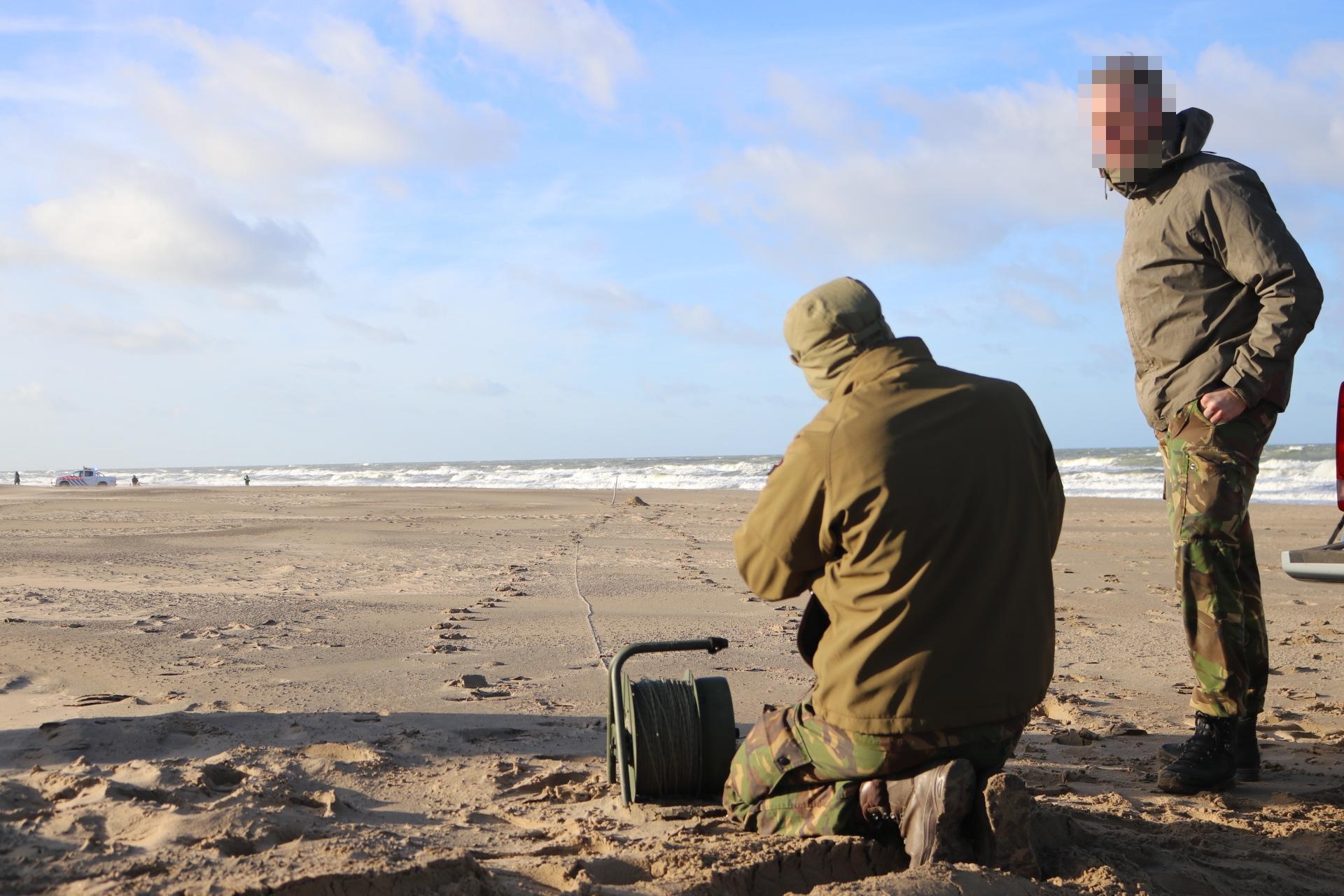 Explosief in Katwijk tot ontploffing gebracht op strand [video]