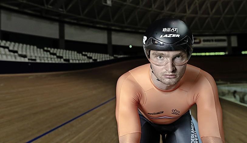 Baanrenner Büchli uit Santpoort-Zuid wint opnieuw nationale sprinttitel [video]