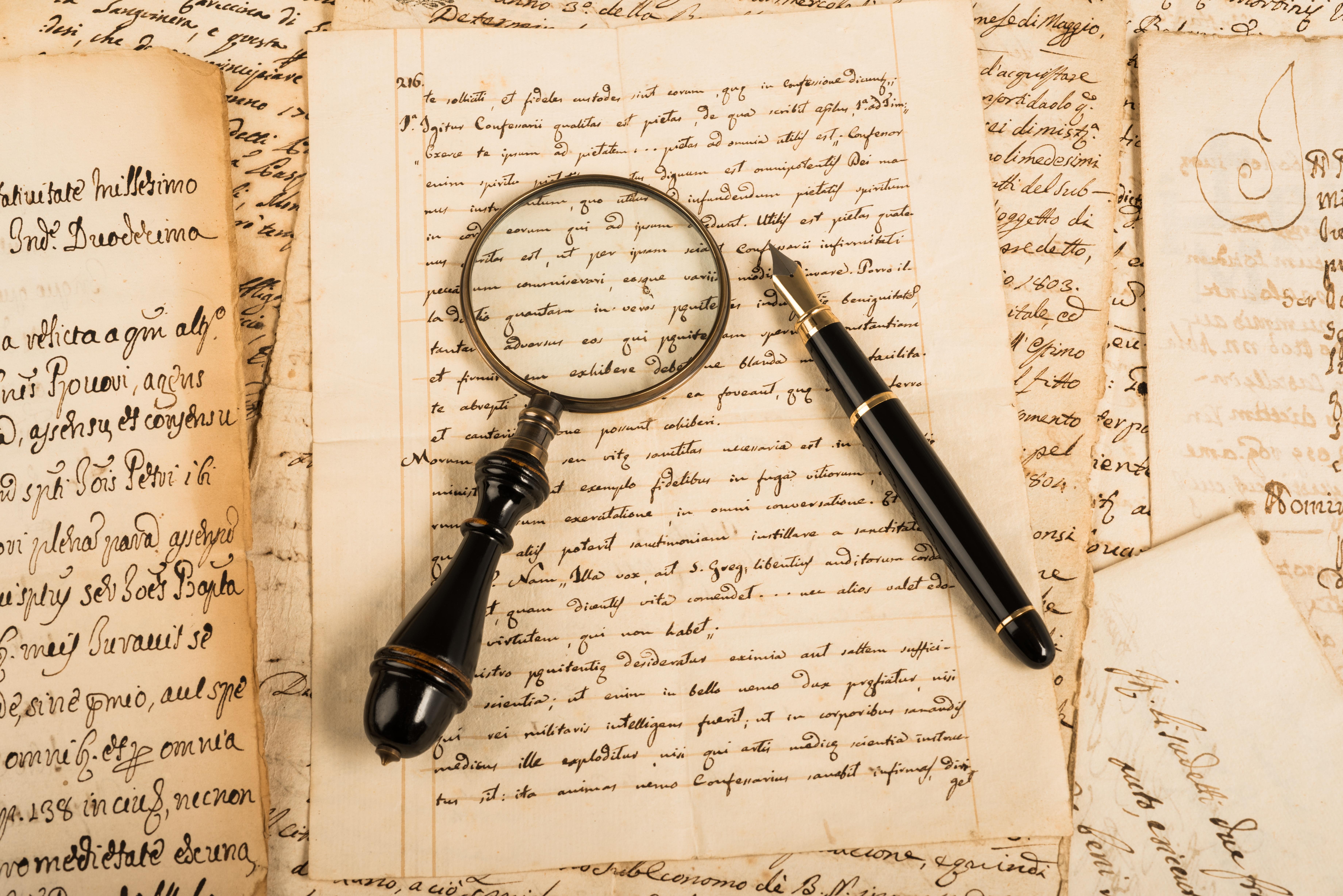 Detective in het archief