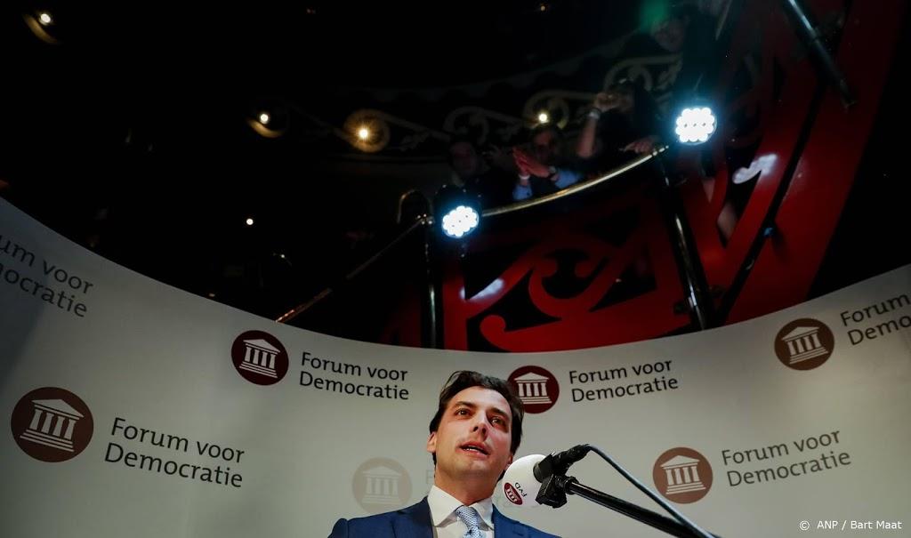 Fractieleider Gelderland weg bij FVD om poster over 5 mei