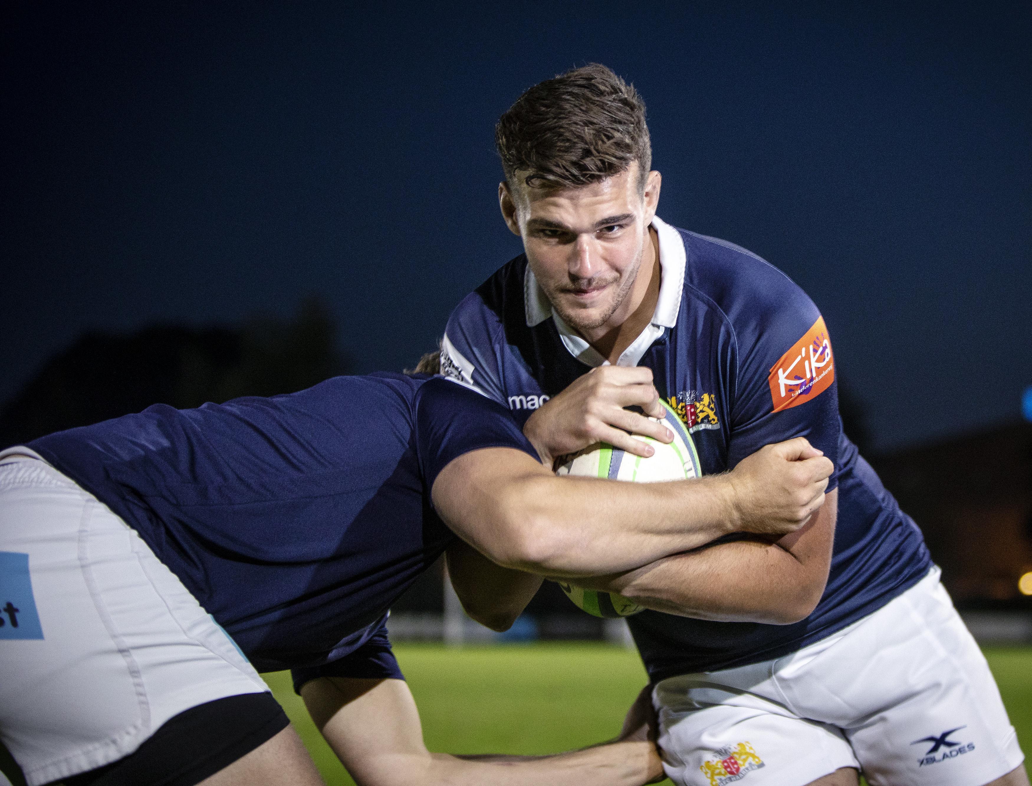 Rugbyer Rikkert Verhofstad haalt bij RFC Haarlem nu al meer uit zichzelf door trainer Mike Panoho