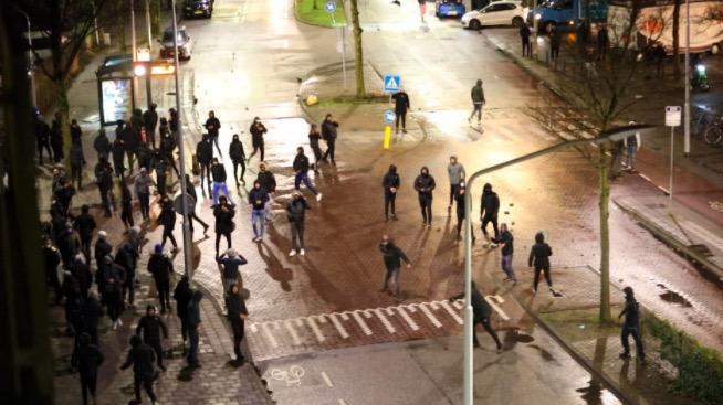 184 mensen aangehouden bij rellen in hele land