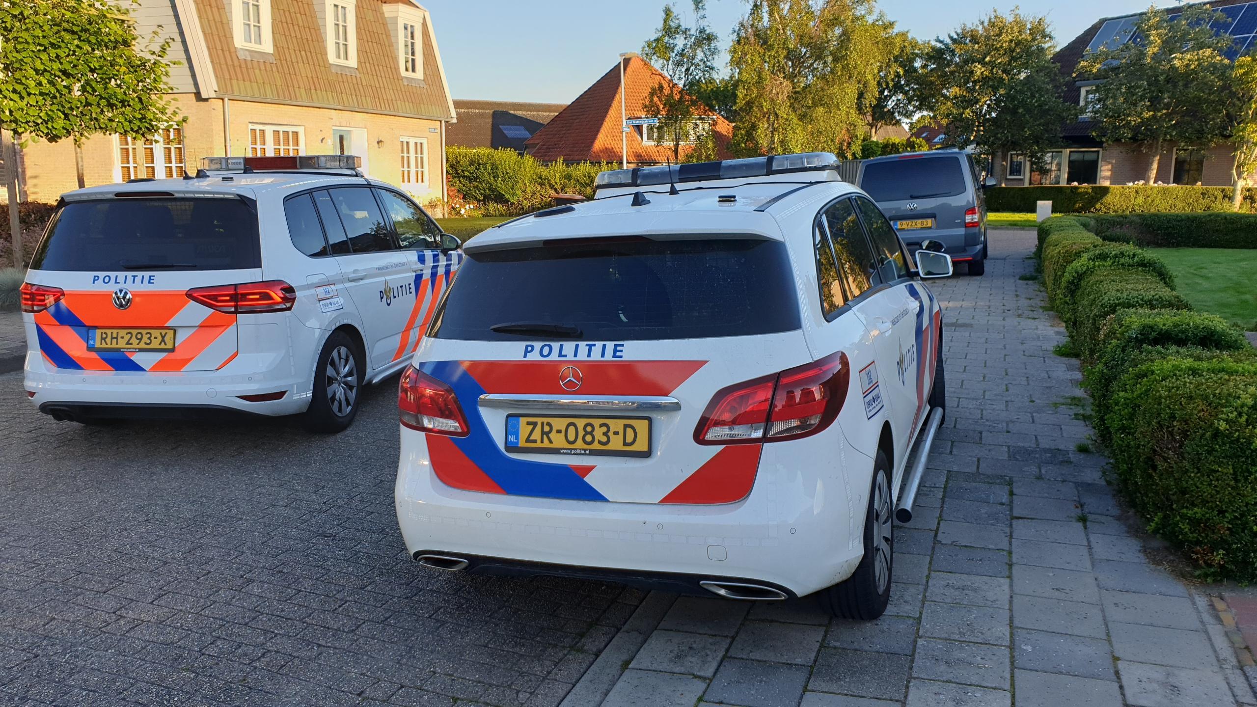 Oudere man lichtgewond na confrontatie met inbreker in woning Nibbixwoud
