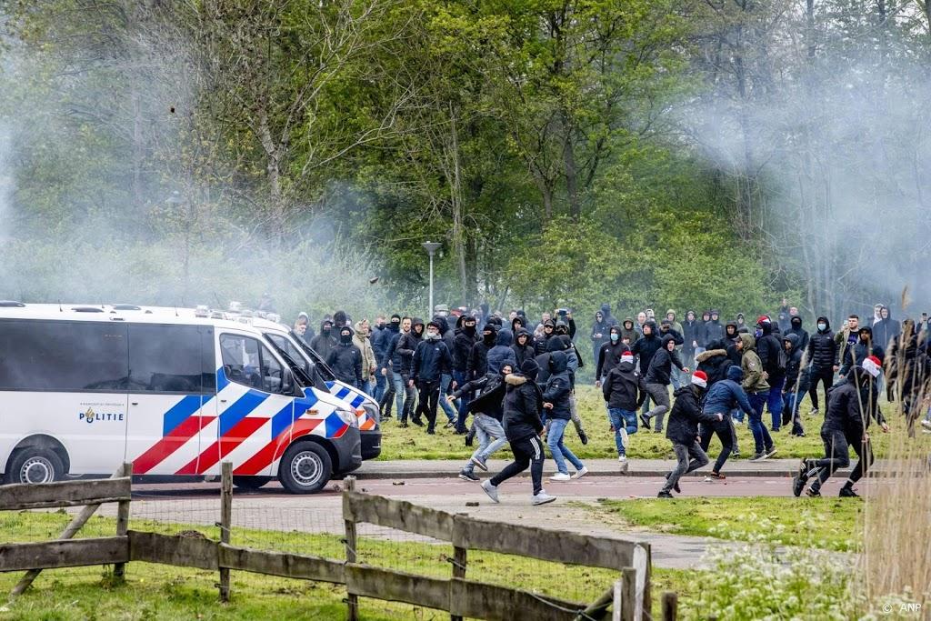 Alle in Den Haag aangehouden voetbalsupporters op vrije voeten