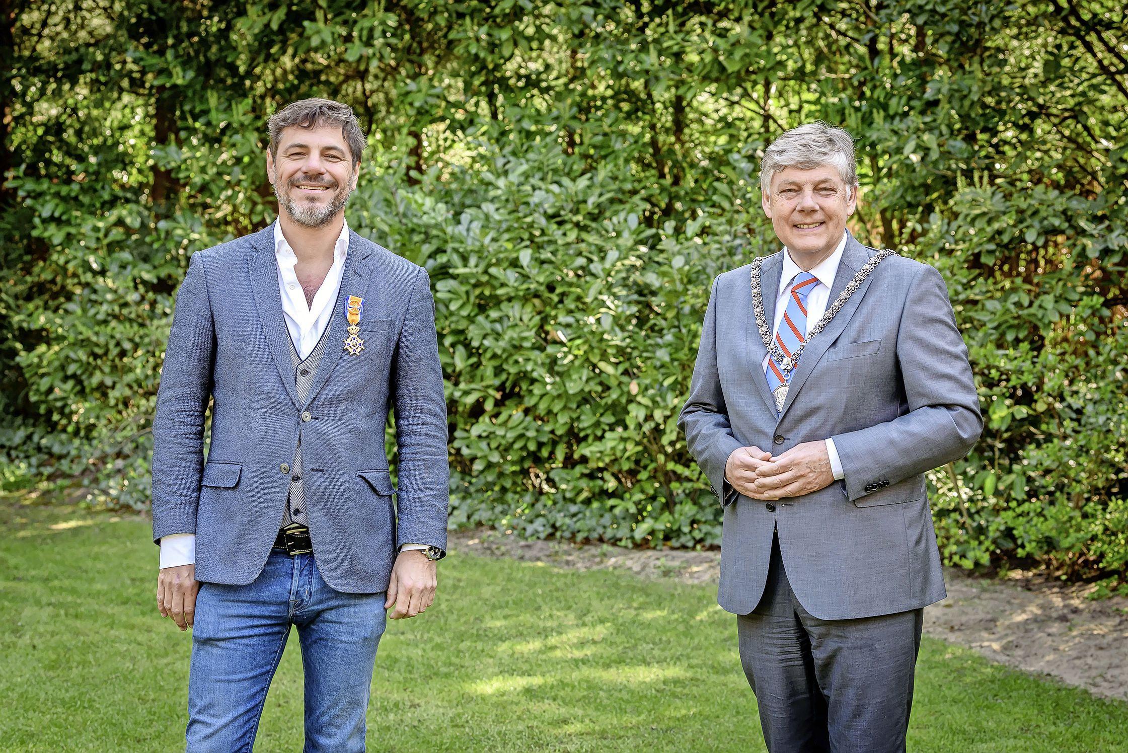 Aerdenhouter Maarten de Gruyter geridderd in de Orde van Oranje-Nassau voor strijd tegen diabetes