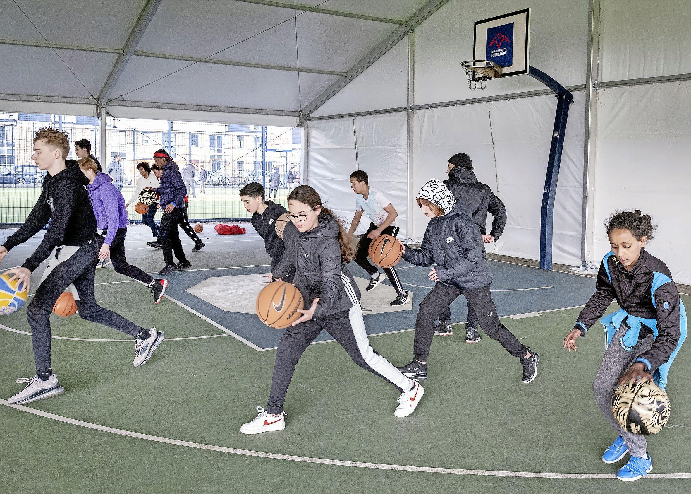 Dak boven het hoofd voor basketballers in Parkwijk