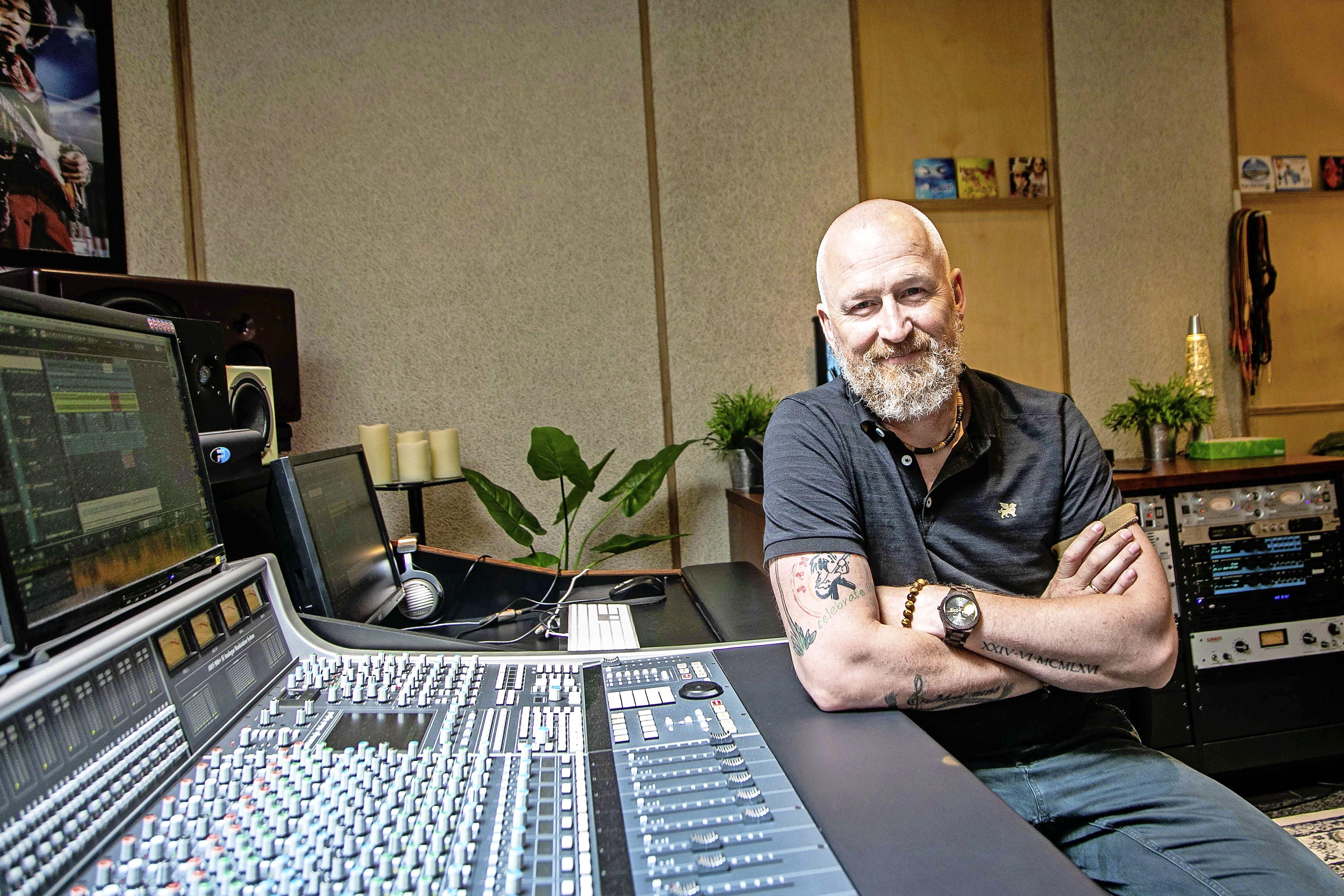 Nog altijd trots op 'Comment ça va', Shorts-drummer Peter Wezenbeek noemt het een tijdloos nummer [video]