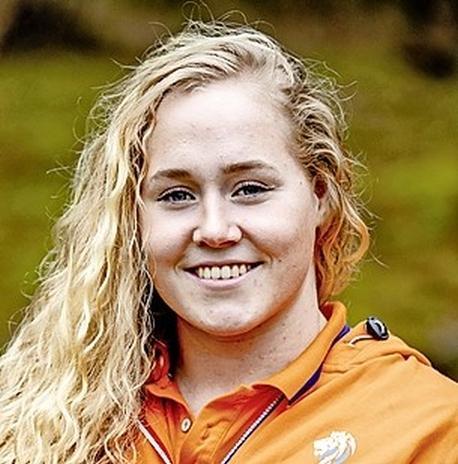 Ze hoopt volgend jaar als 'Olympic medalist' naar voren te worden geroepen tijdens haar afscheid van het Amerikaanse studentenleven. 'Hoe mooi zou dat zijn', stelt waterpoloster Kitty-Lynn Joustra uit Purmerend