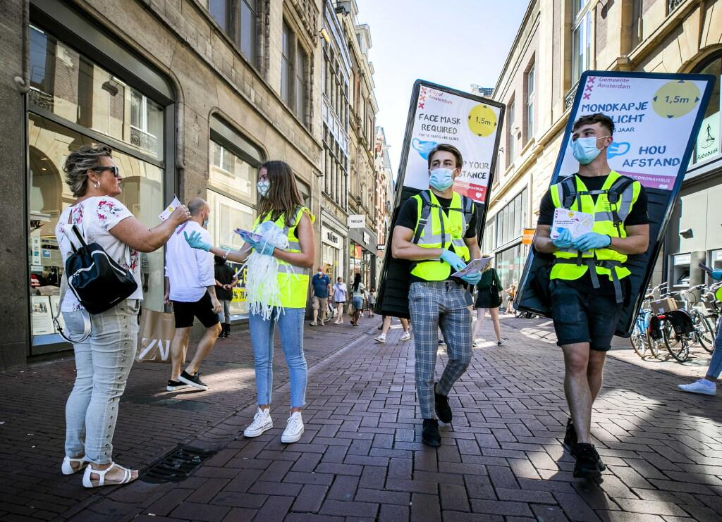 Burgemeester Amsterdam: dringend advies voor mondkapje in publieke binnenruimte