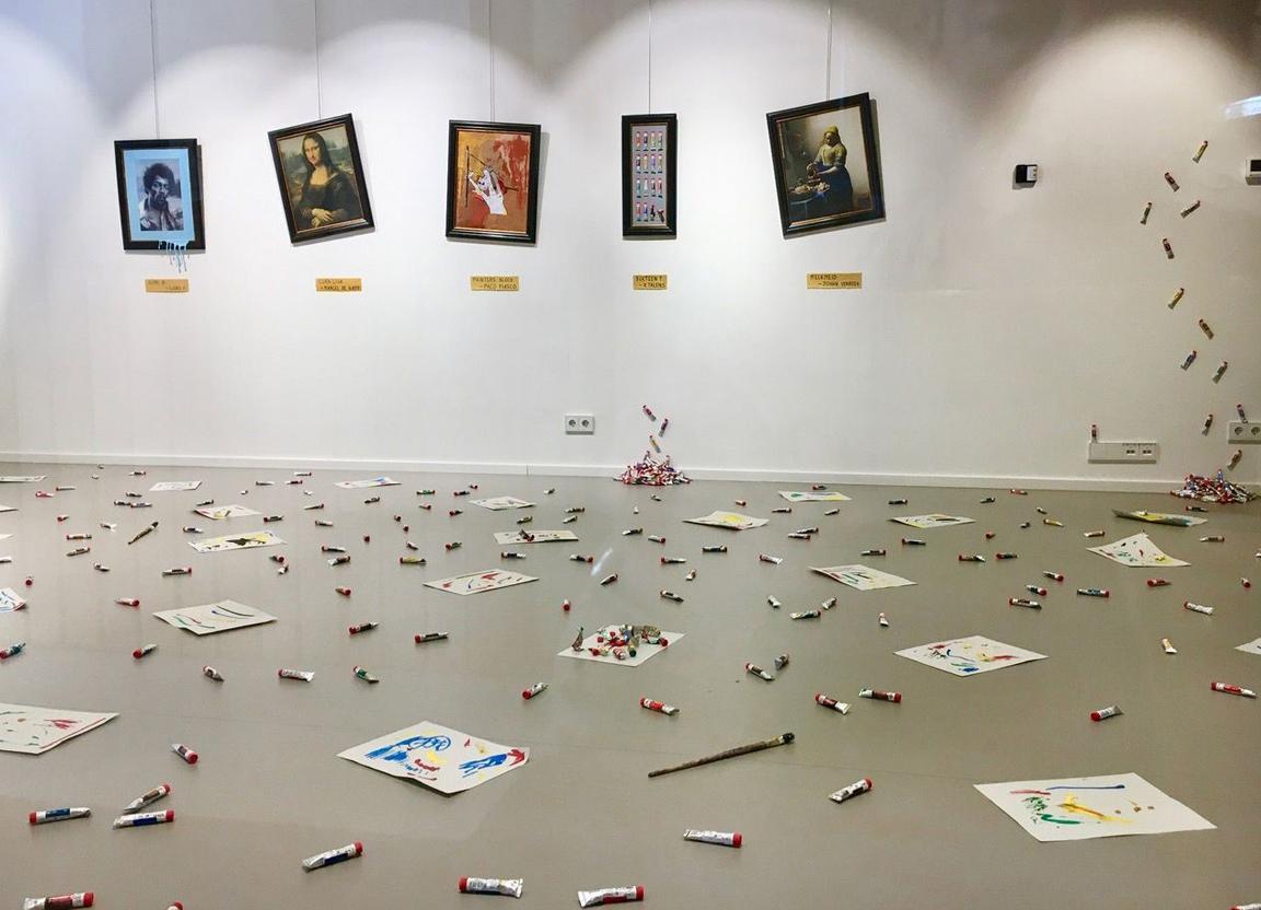 Galerie Kunst 2001 in Badhoevedorp knipoogt naar lockdown