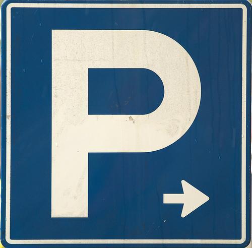 Bovengrondse parkeergarage in plaats van onder Raadhuisplein in Hoofddorp