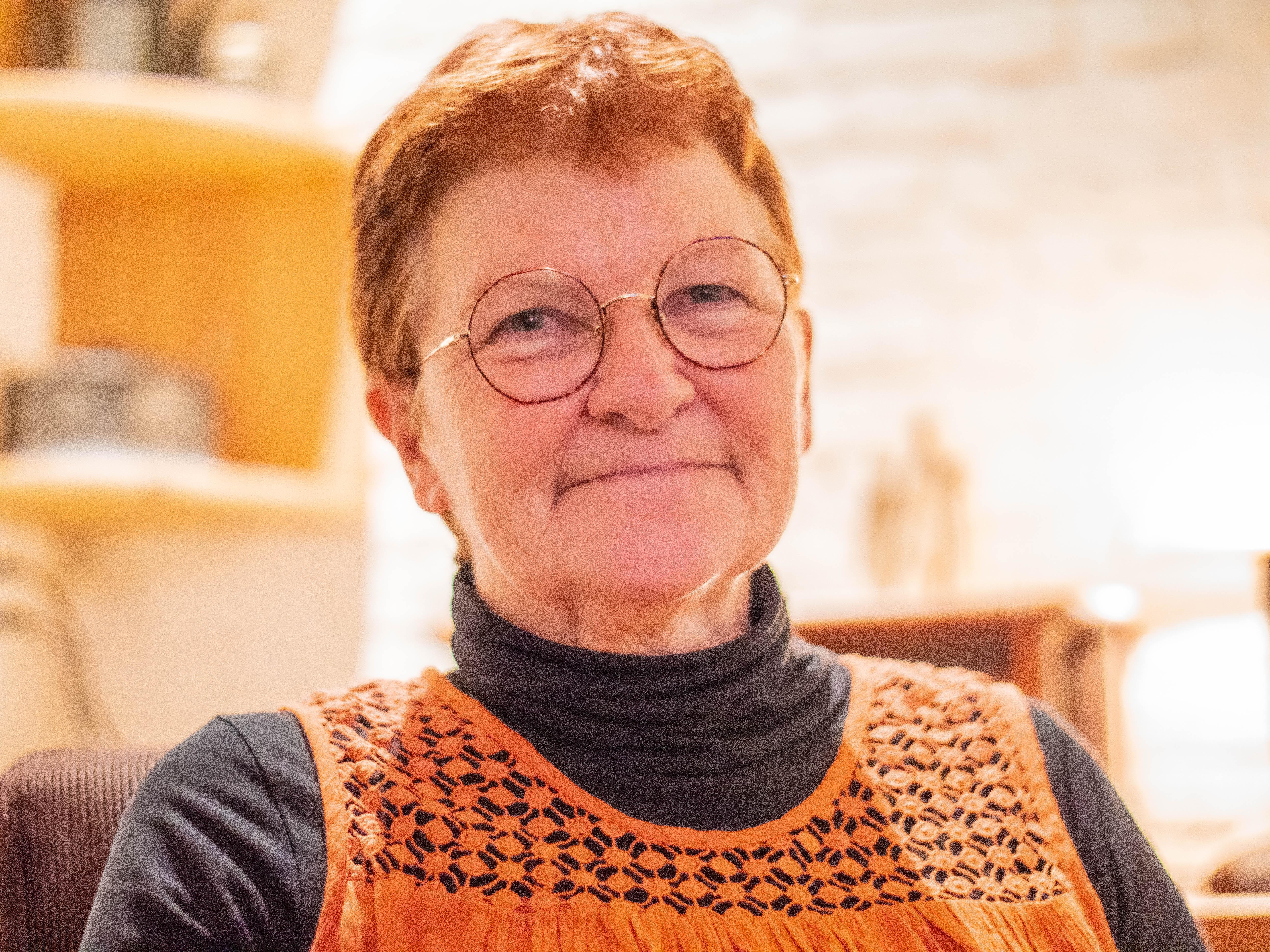 In de 'Oude Slagerij Kees Ruiter' hangen de potlood- en viltstifttekeningen van Margriet Nannes-Stam over 'Landleven'