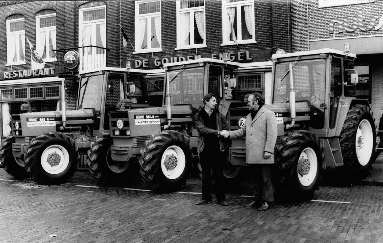 Wim Kramer (87) - de trekkerman uit Burgerbrug - doet een boekje open over zijn leven