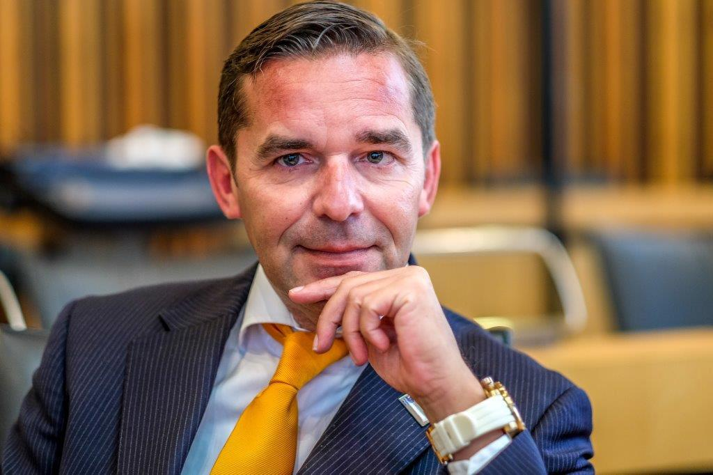 Raad Haarlemmermeer pikt twittergedrag Meijer niet