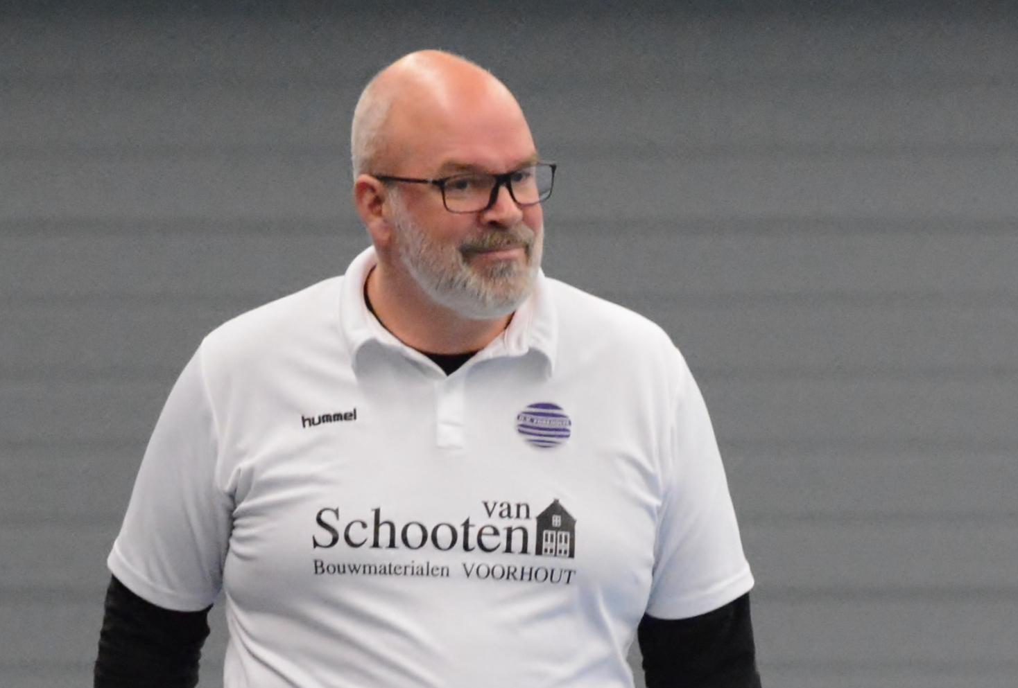 Marc Klein ziet voldoende uitdaging bij handbalsters Foreholte en verlengt contract