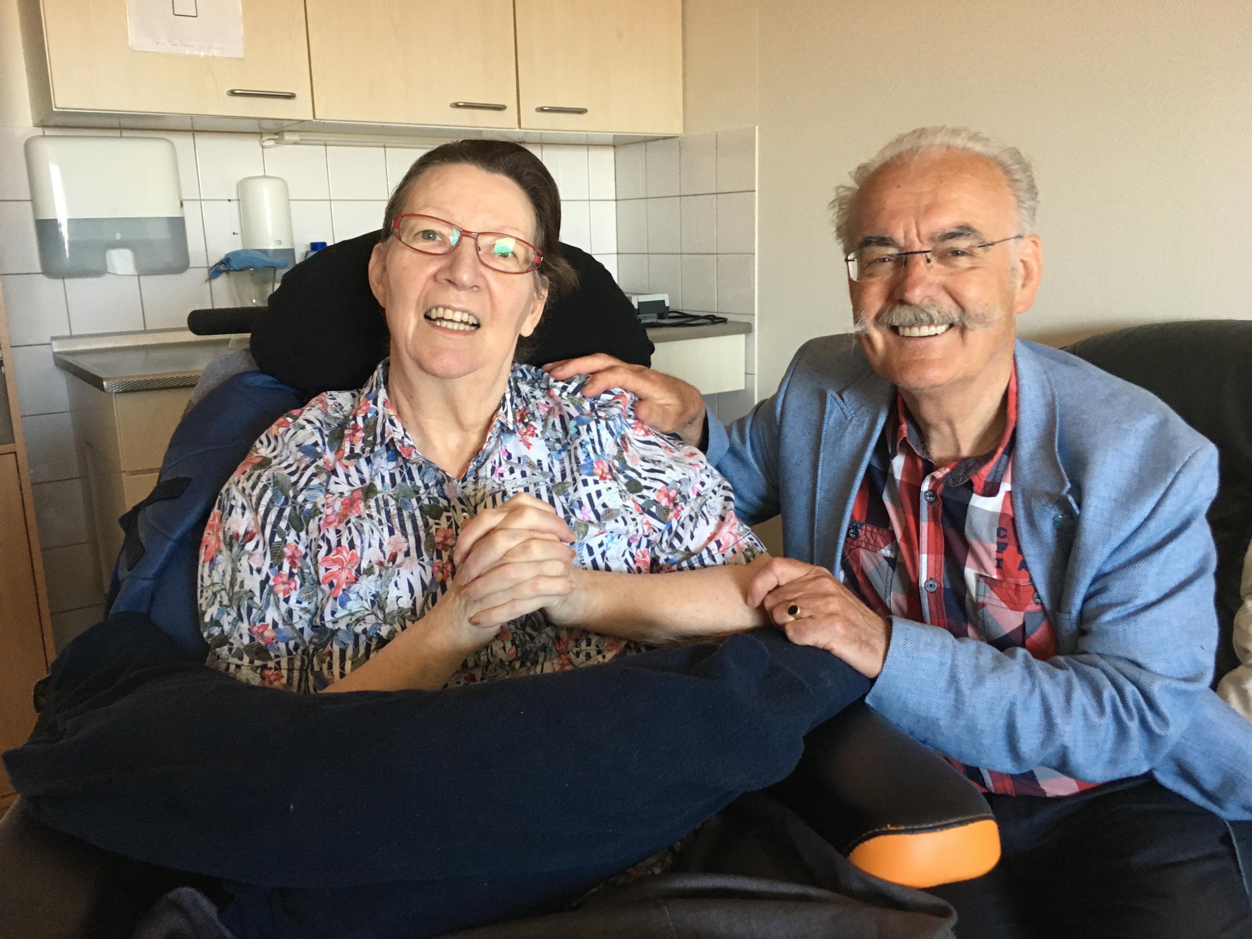Blij met menselijke maat in IJmuidens woonzorgcentrum Breezicht: 'ik mocht haar gewoon knuffelen'